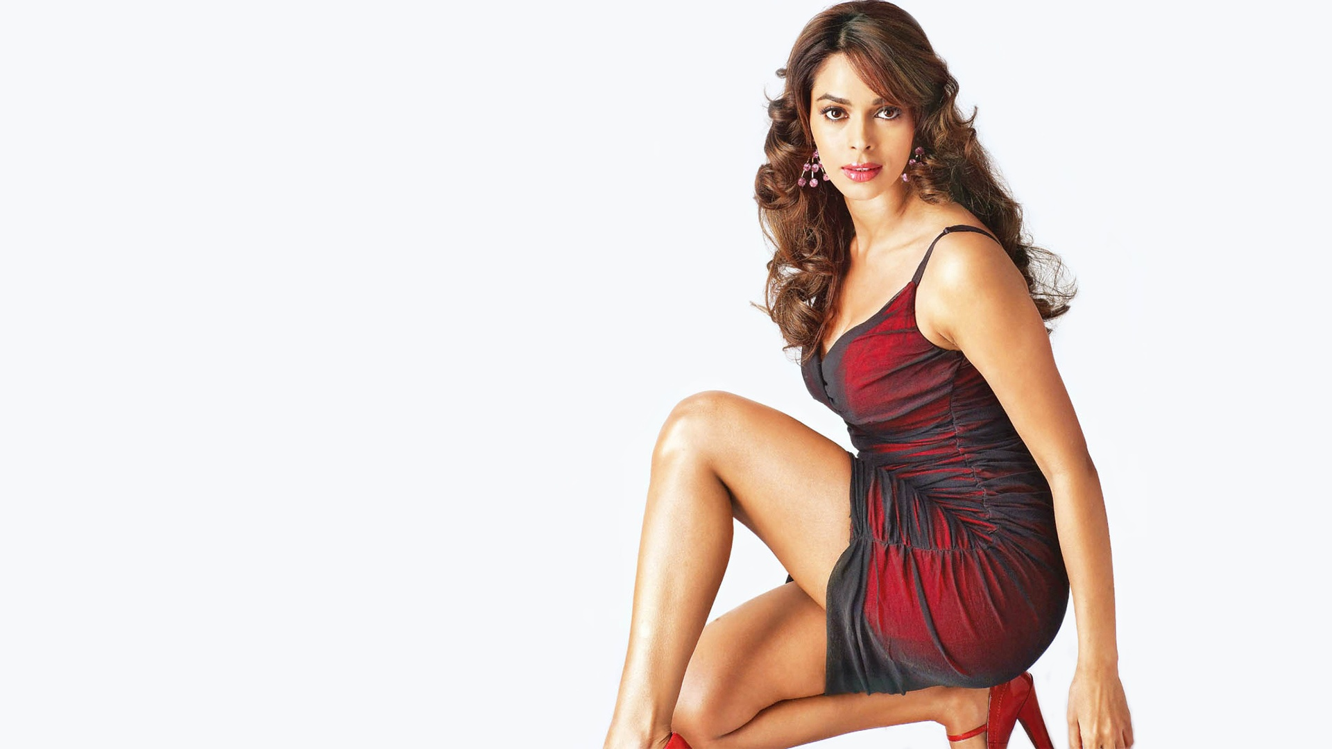 Mallika Sherawat Hot Bollywood Actress - Indian Bollywood Actress In Hot Image's - HD Wallpaper