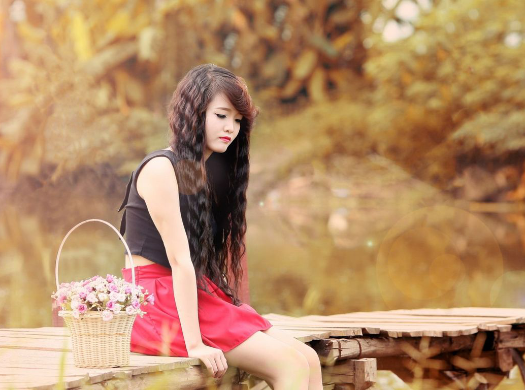 A Cute Girl When Mood Off For Her Best Bicycle I Love - Sad Girl Images Hd - HD Wallpaper