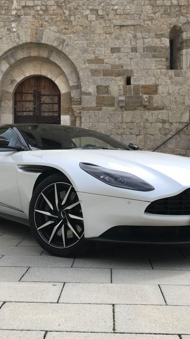 Aston Martin Db11 V8, 2018 Cars, 4k - Beautiful Sports Car Full Screen Wallpapers For Mobile - HD Wallpaper