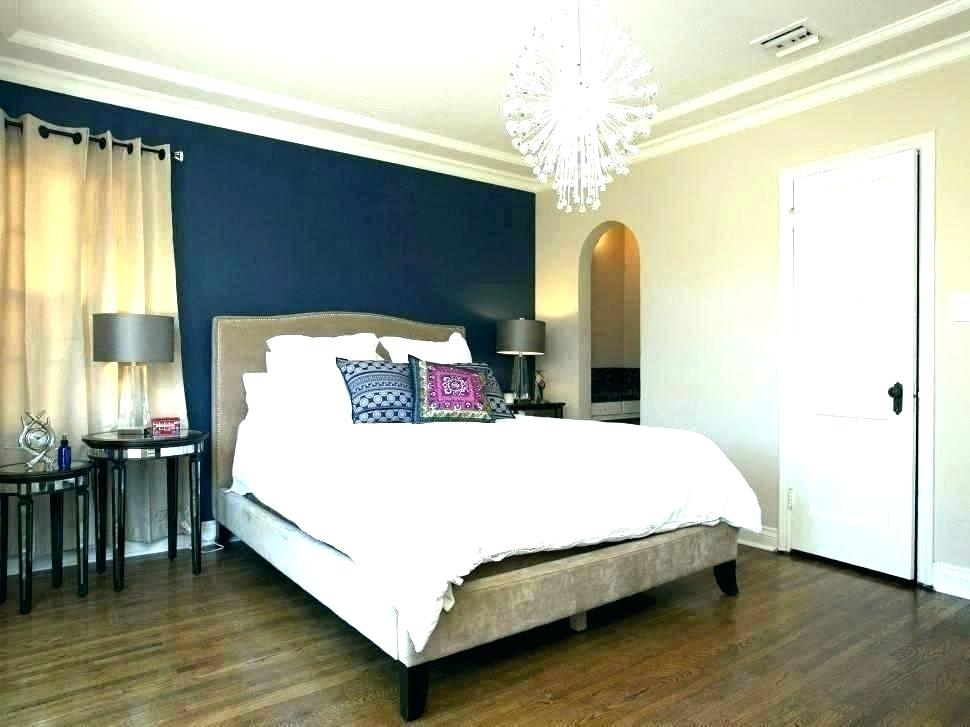 Feature Wallpaper For Bedroom Outstanding Amazing Gray Bedroom With Dark Blue Walls 970x727 Wallpaper Teahub Io
