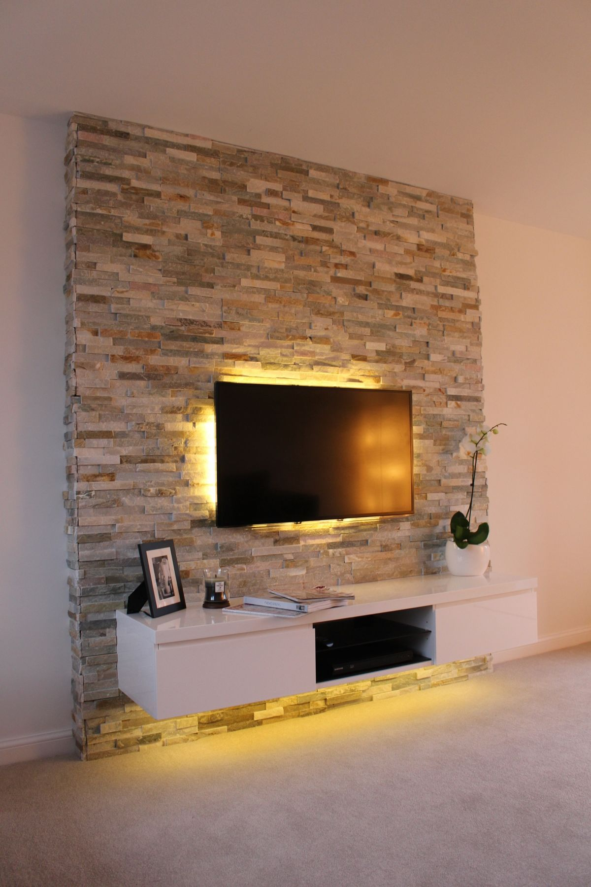 Living Room Accent Wall Ideas With Tv - HD Wallpaper