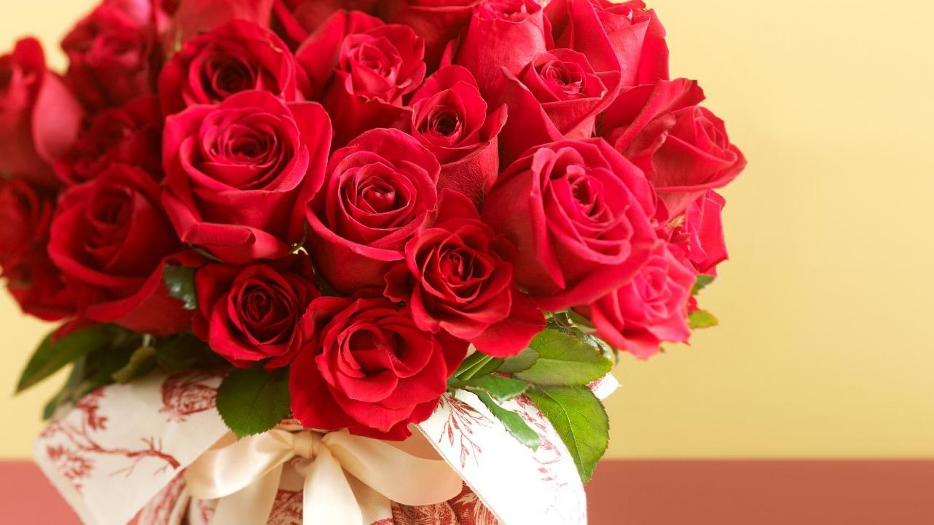1920x1080, Valentines For > Beautiful Red Roses Wallpapers - Beautiful Red Roses Wallpapers For Desktop - HD Wallpaper