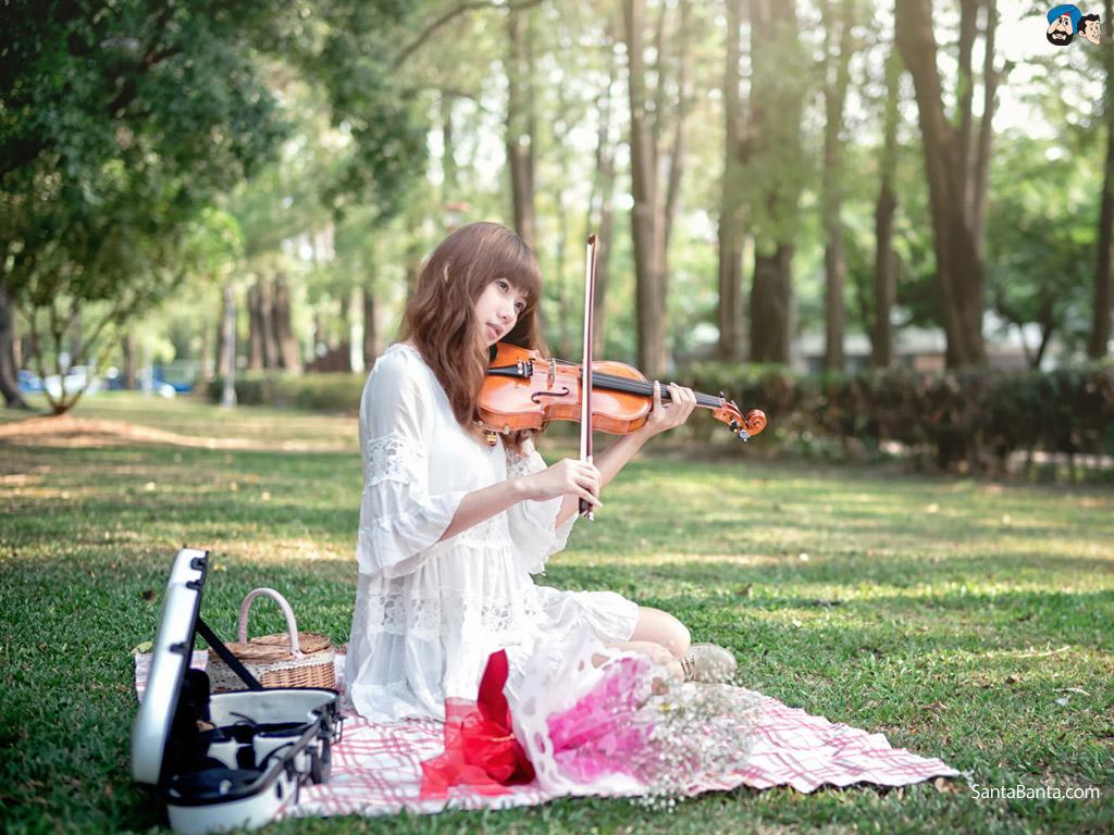 Music Instrument Play Girl - HD Wallpaper
