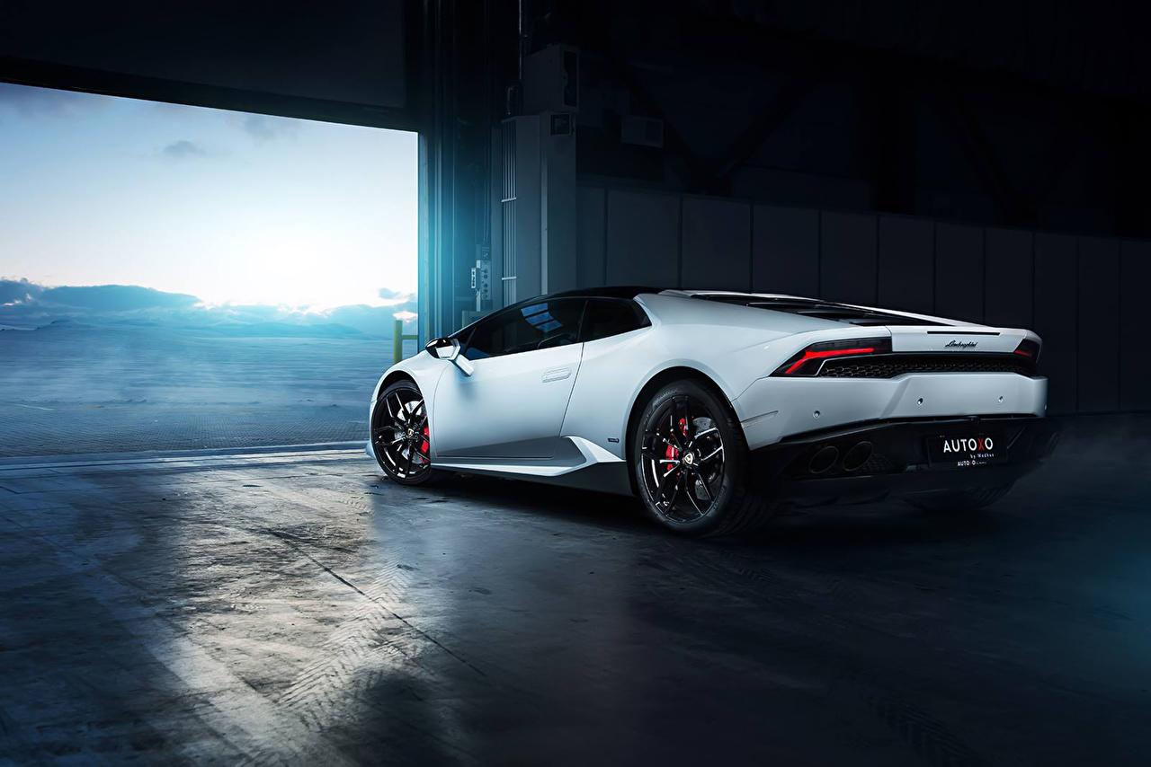 Back View Of Luxury Cars 1280x854 Wallpaper Teahub Io