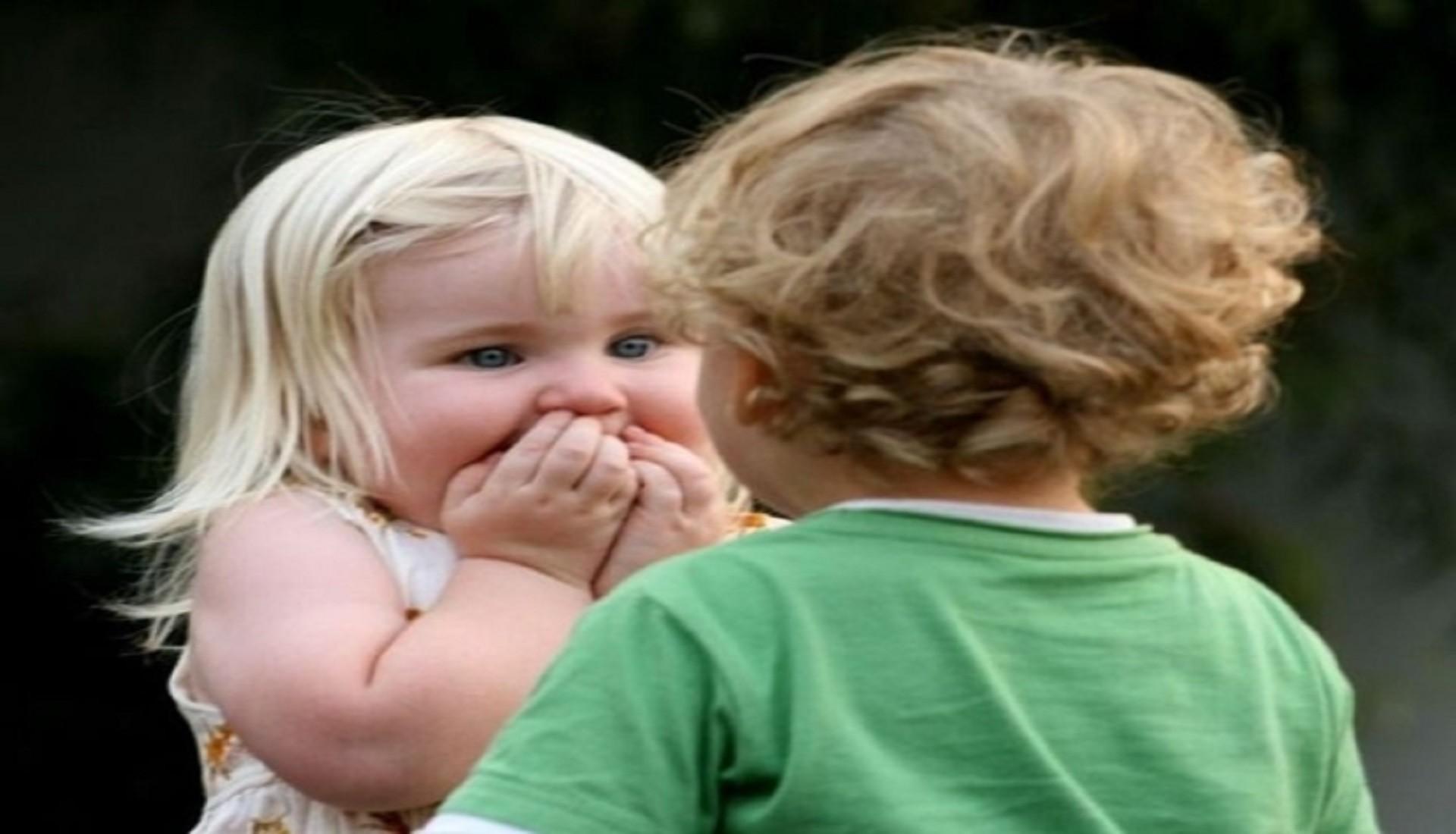 Cute Baby Boy And Girl Hd Wallpaper Free   Data Src - Cute Boy And Girl Friendship Quotes - HD Wallpaper