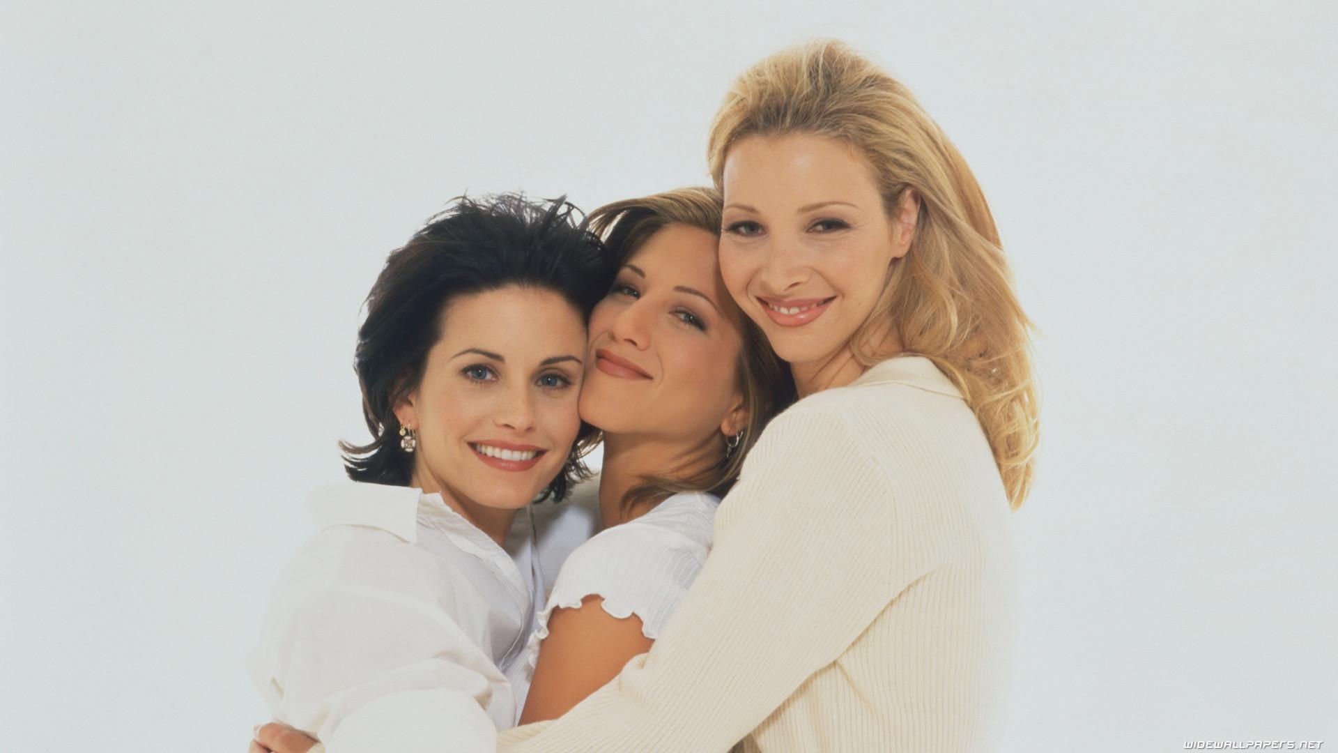 Friends Tv Series Wide Wallpapers   Data Src Friends - Monica Phoebe E Rachel - HD Wallpaper