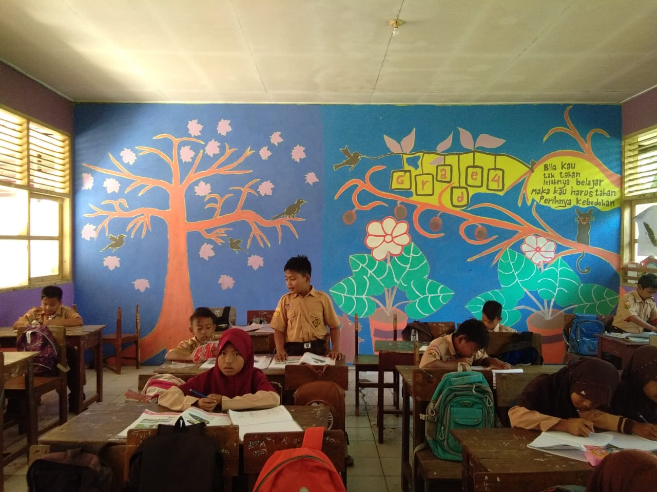 Foto Background Kelas Keren Kelas Kreatif 1280x960 Wallpaper Teahub Io