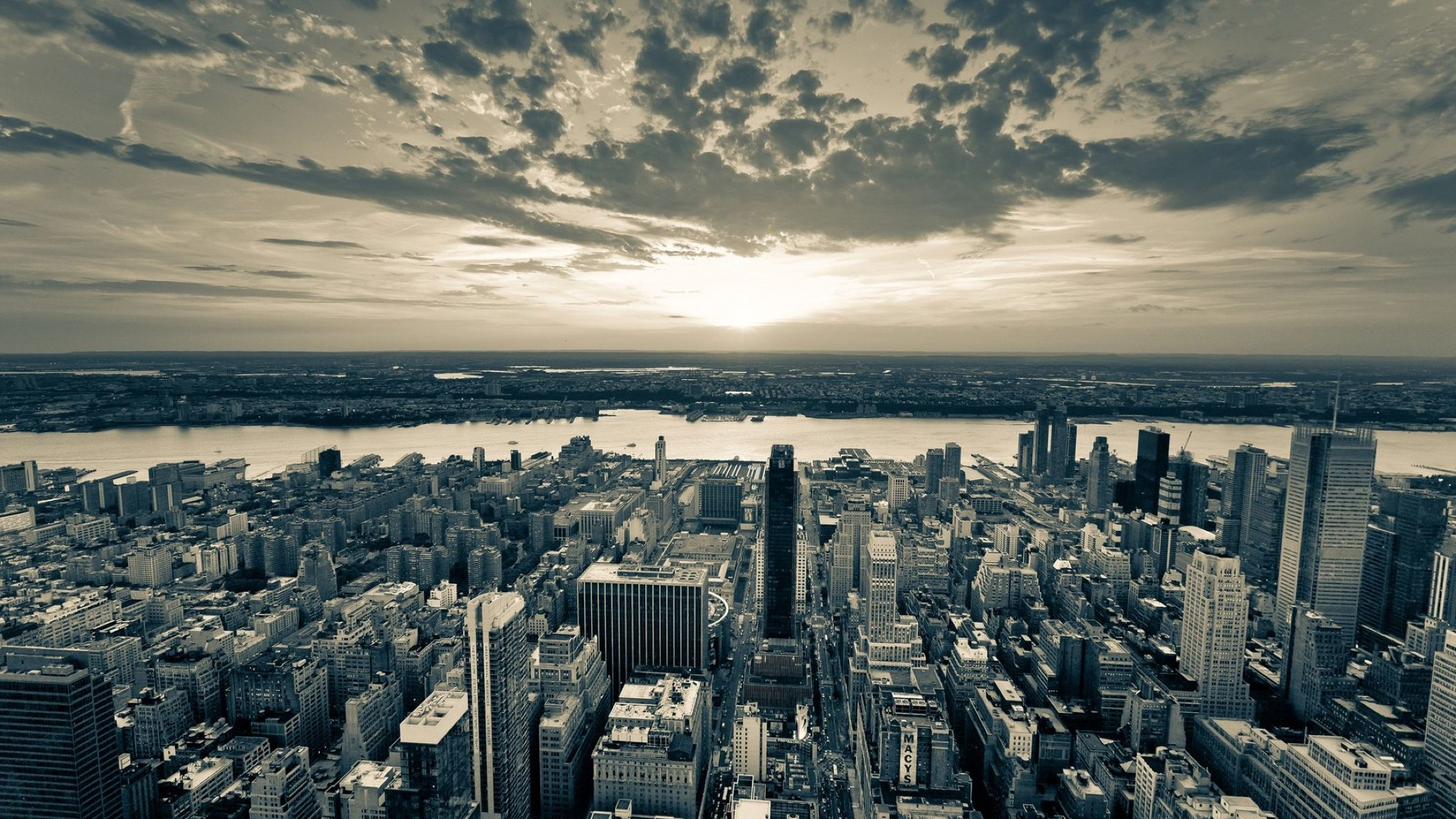 Download Free Hd New York City Hd Black And White Wallpaper New York City 2112x1188 Wallpaper Teahub Io