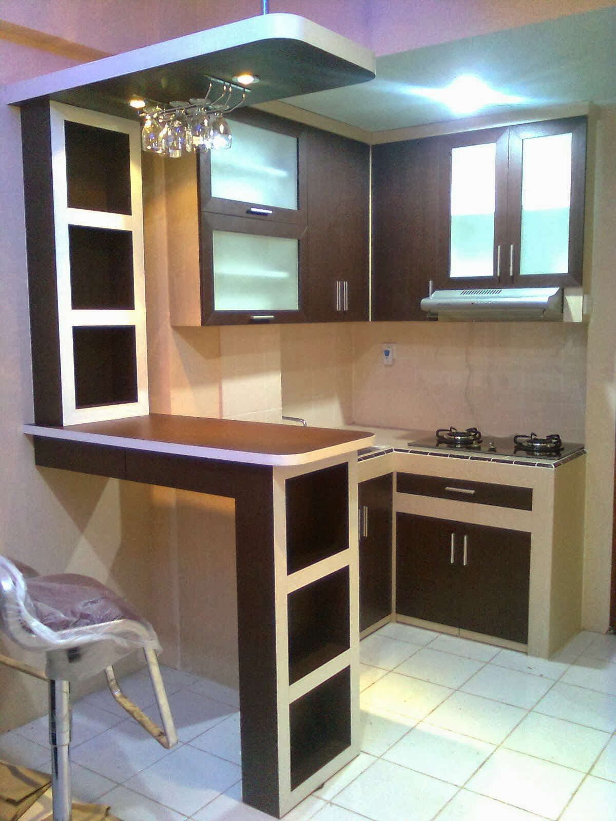 Wallpaper Dapur Kecil Small Kitchen Design With Mini Bar 1200x1600 Wallpaper Teahub Io