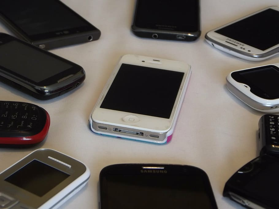 Mobile Phone Lot, Iphone, Smartphone, Touch Screen, - Mobile Phone - HD Wallpaper