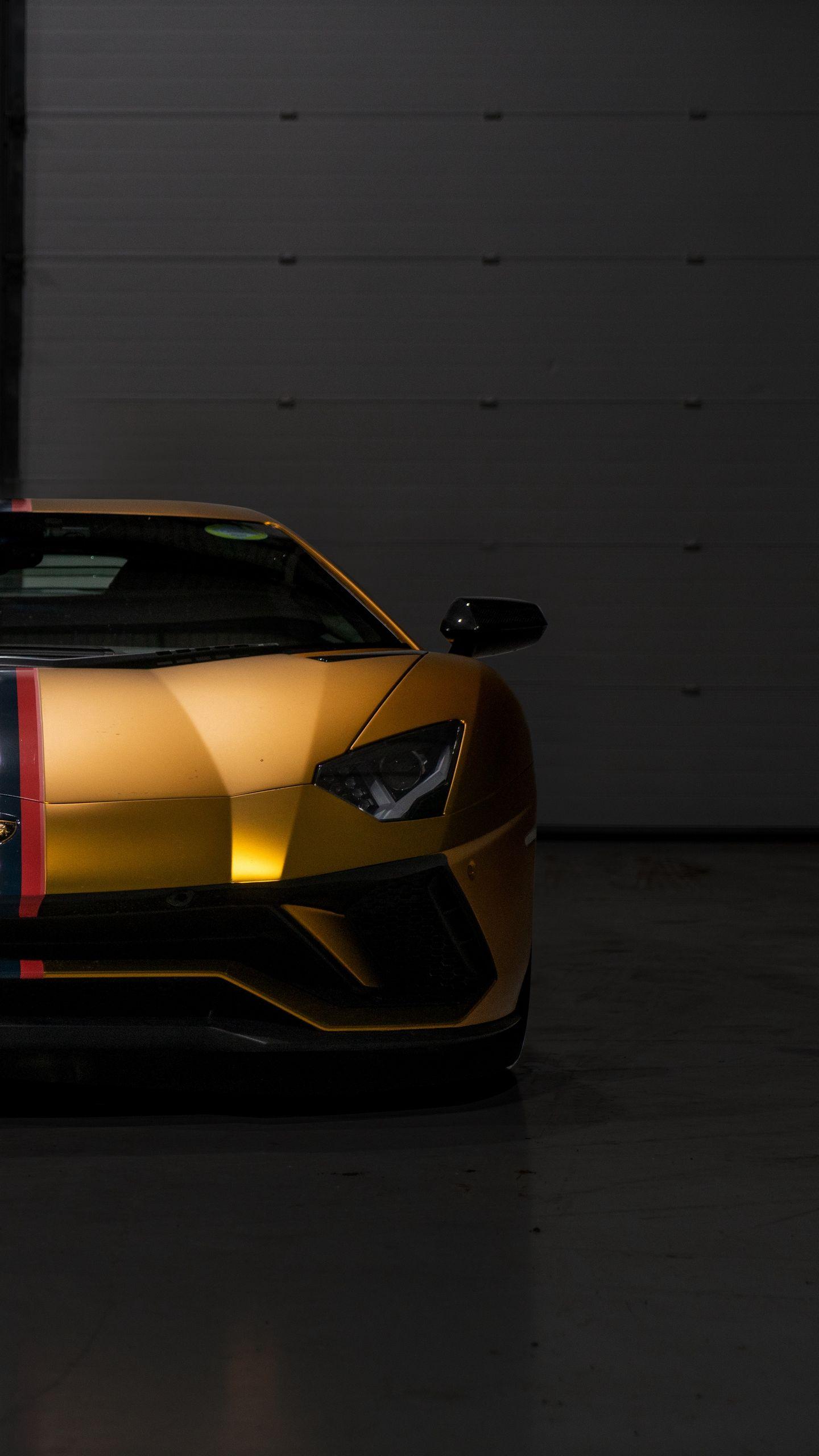 Whatsapp Wallpaper 076 Lamborghini Aventador Gold Wallpaper Hd 1440x2560 Wallpaper Teahub Io