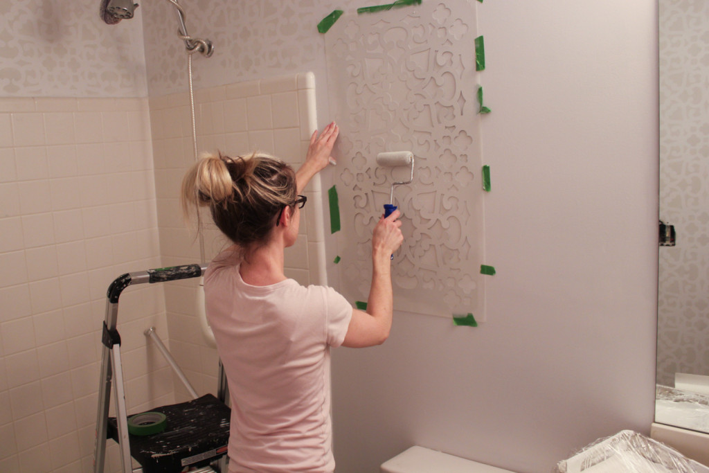 Modern Moroccan Lace Wall Stencil From Royal Design - Wall Stencil Ideas For Bathroom - HD Wallpaper