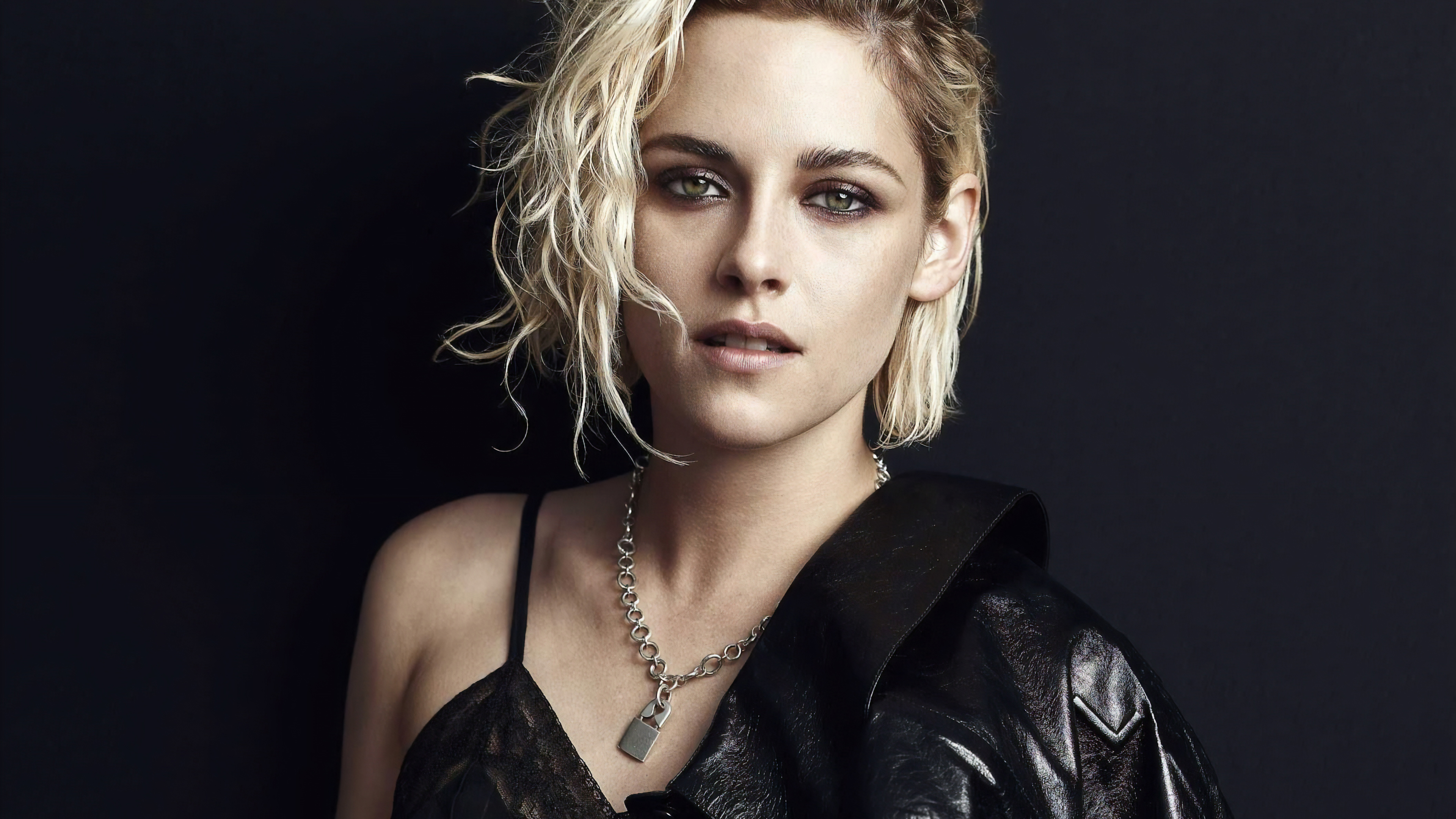 Kristen Stewart Short Blonde Hair 3840x2160 Wallpaper Teahub Io