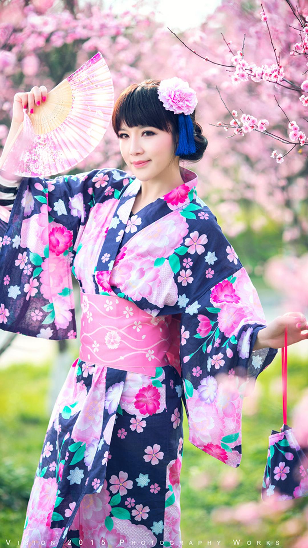 Pretty Girl Wearing A Kimono Android Wallpaper - Pretty Kimono - HD Wallpaper