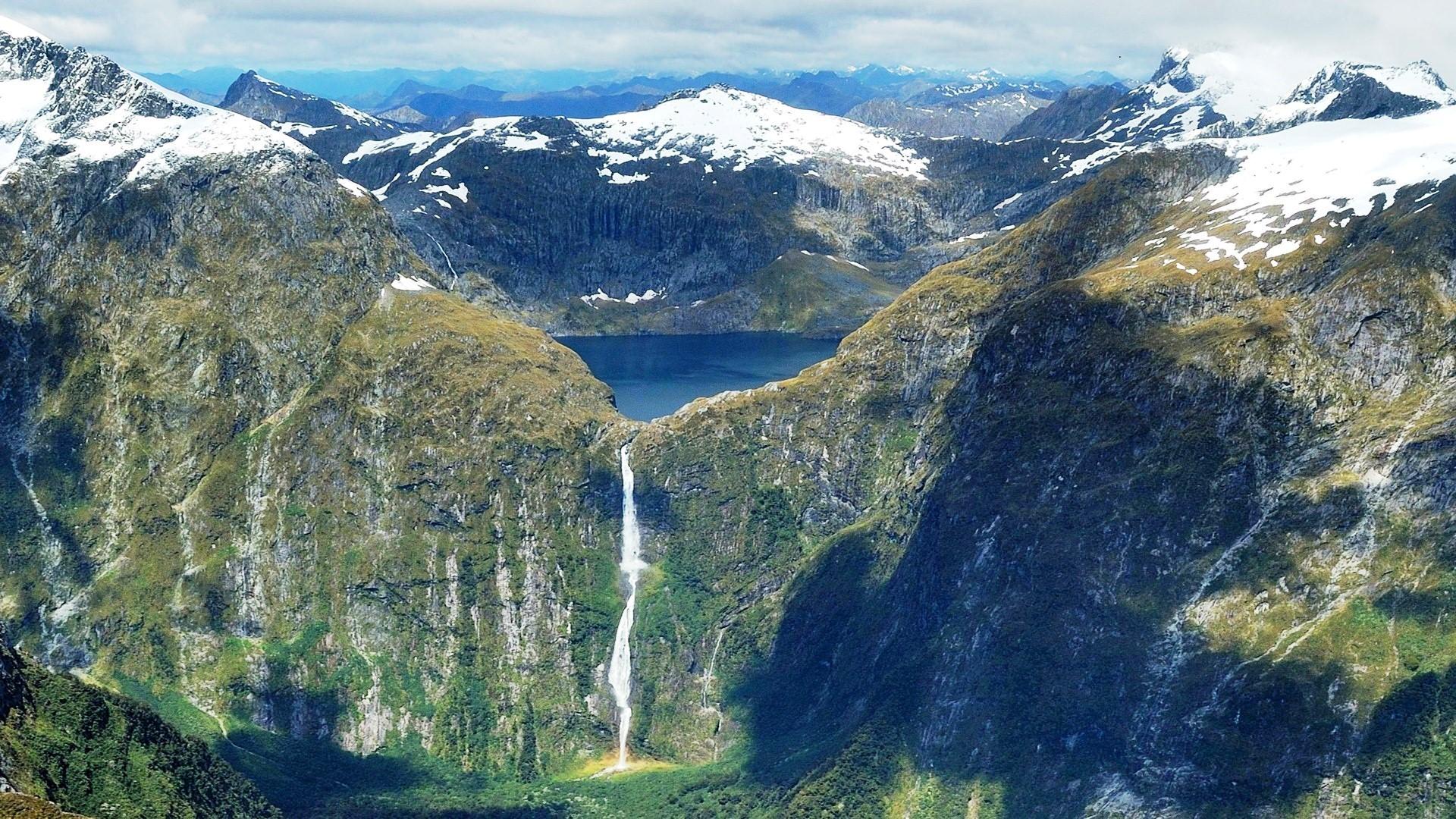 Sutherland Waterfall In New Zealand - Sutherland Waterfall New Zealand - HD Wallpaper