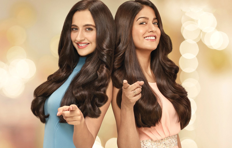Photo Wallpaper Girl, Eyes, Smile, Beautiful, Model, - Godrej Expert Rich Creme Hair Colour Advertisement - HD Wallpaper