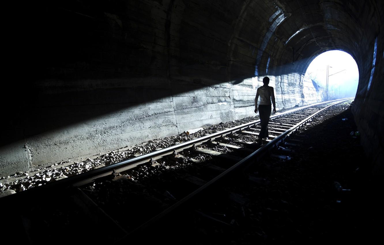 Photo Wallpaper Light Person Silhouette Tunnel Light Light In The End Of Tunnel 1332x850 Wallpaper Teahub Io