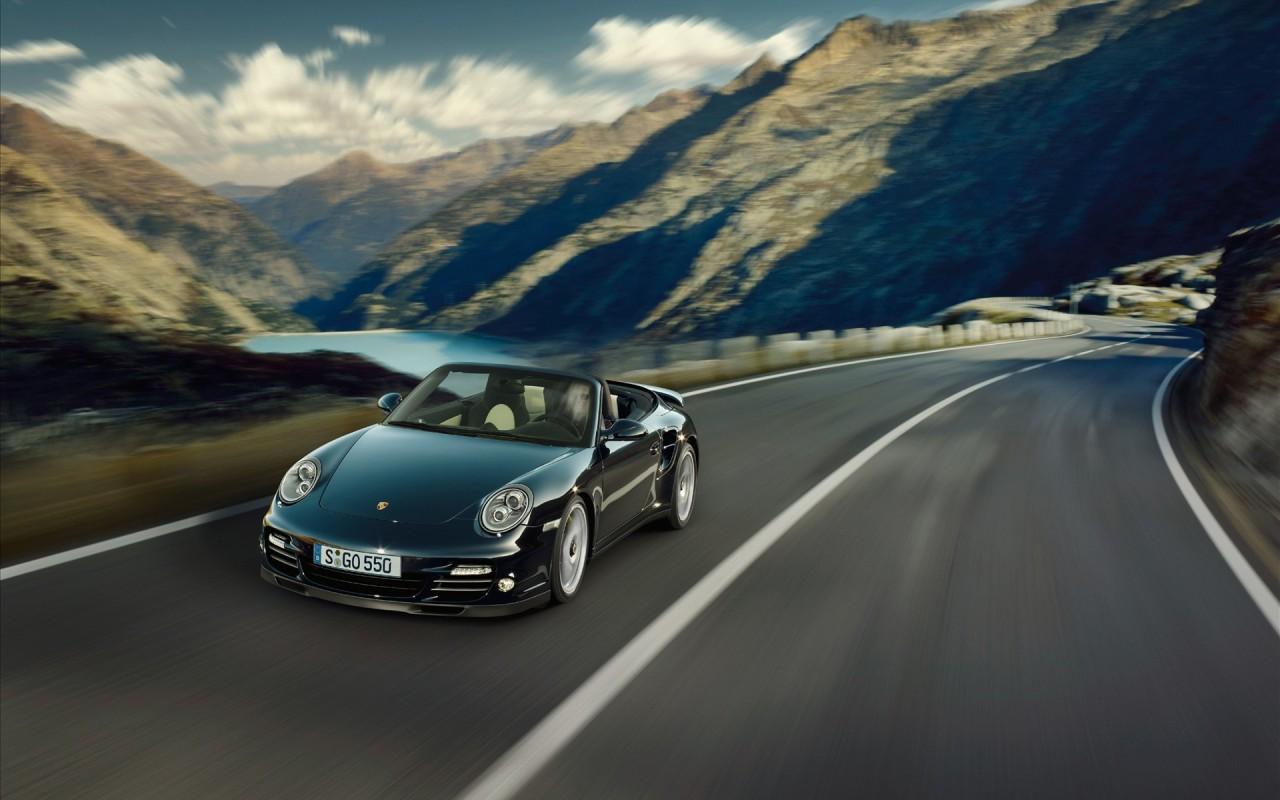 Porsche 911 Turbo S 2010 - HD Wallpaper