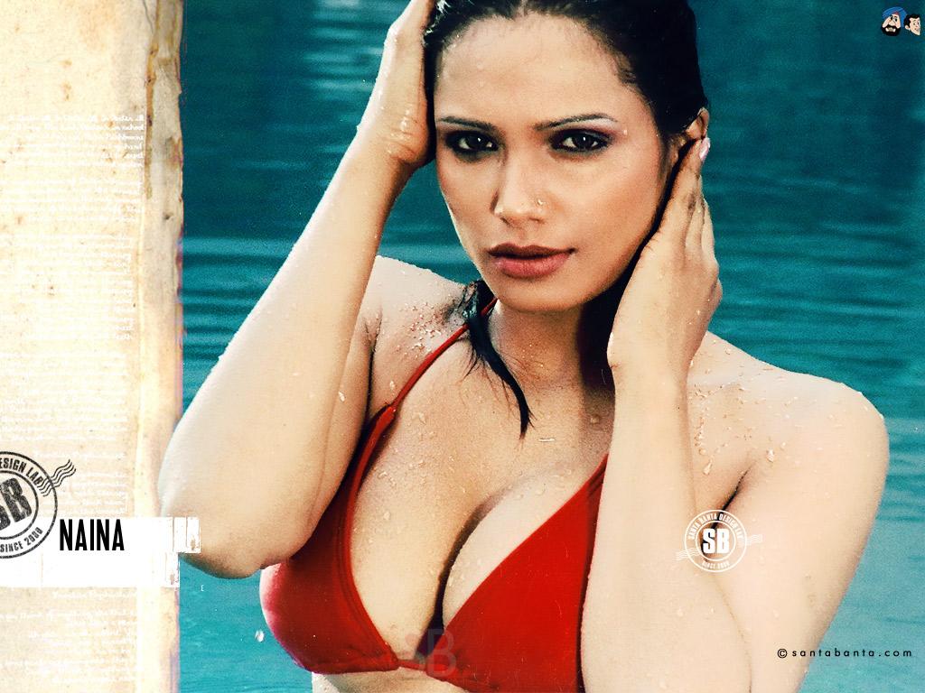 Bollywood Actress Hd Wallpapers Santabanta - Indian Bollywood Actress Hot Bikini - HD Wallpaper