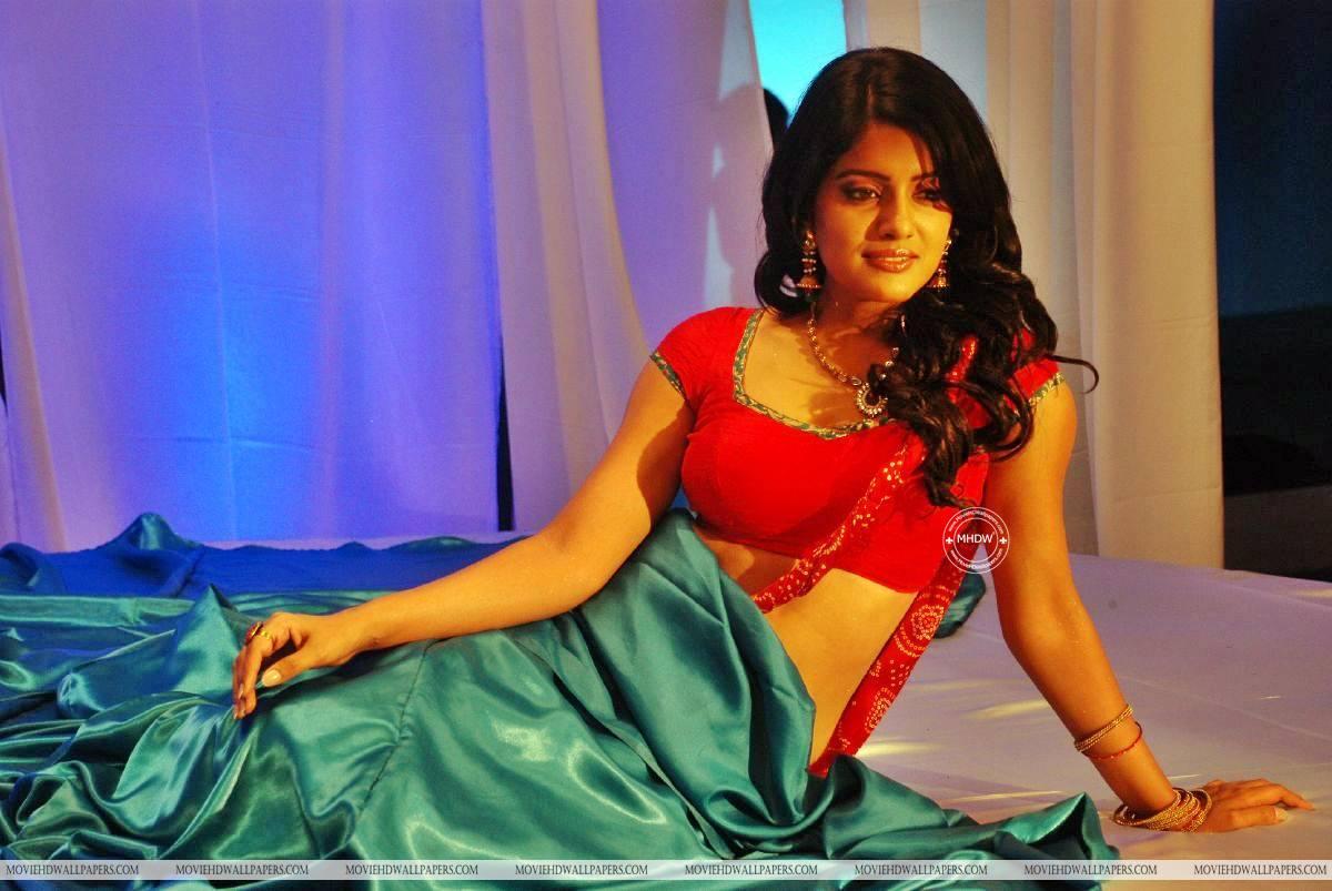 Kanna Laddu Thinna Aasaiya Actress Vishakha Singh - Kanna Laddu Thinna Aasaiya Actress - HD Wallpaper