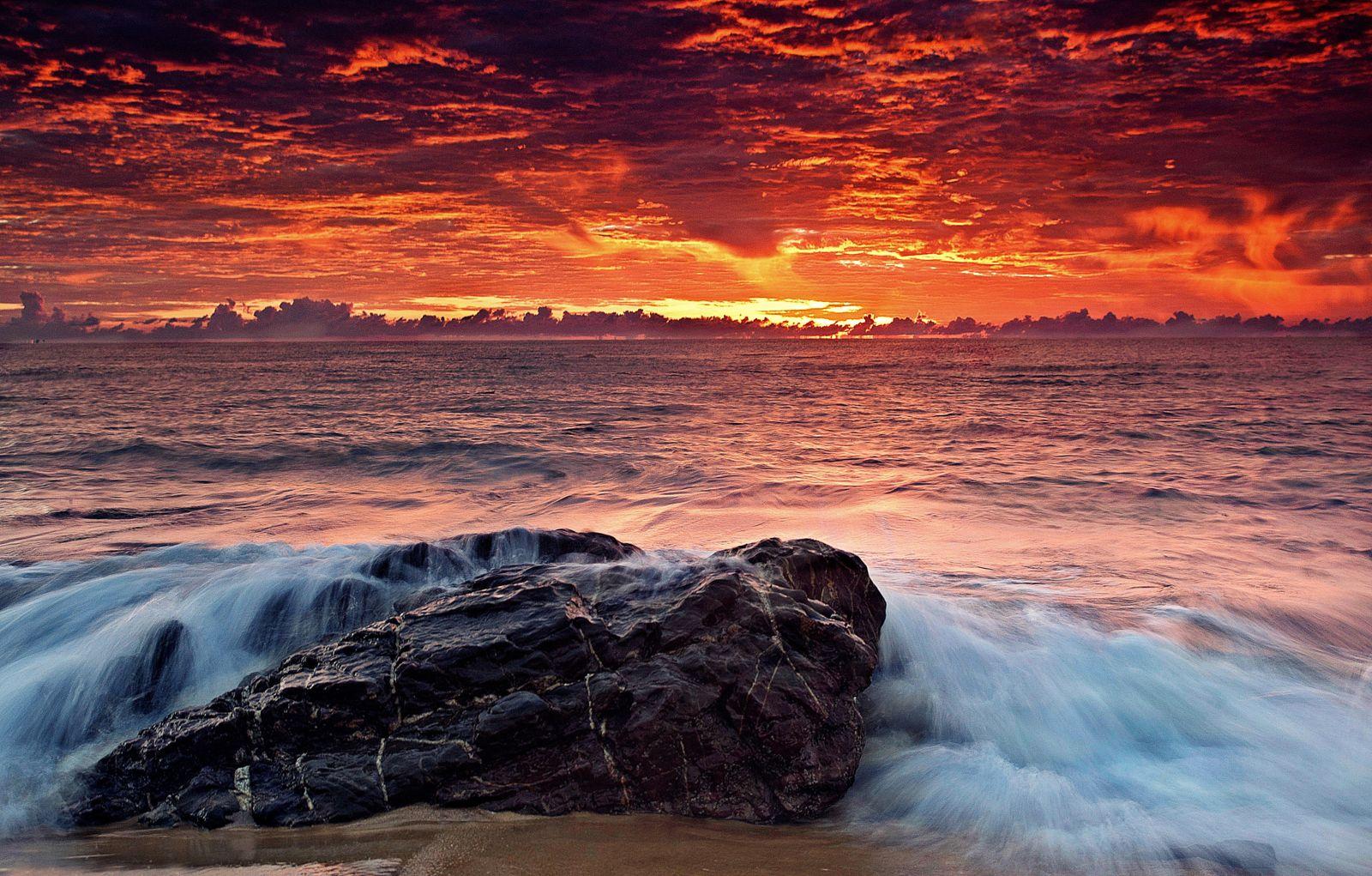 Nature Sky Water Beautiful Sea Ocean Clouds Sunset - Steve Maraboli - HD Wallpaper