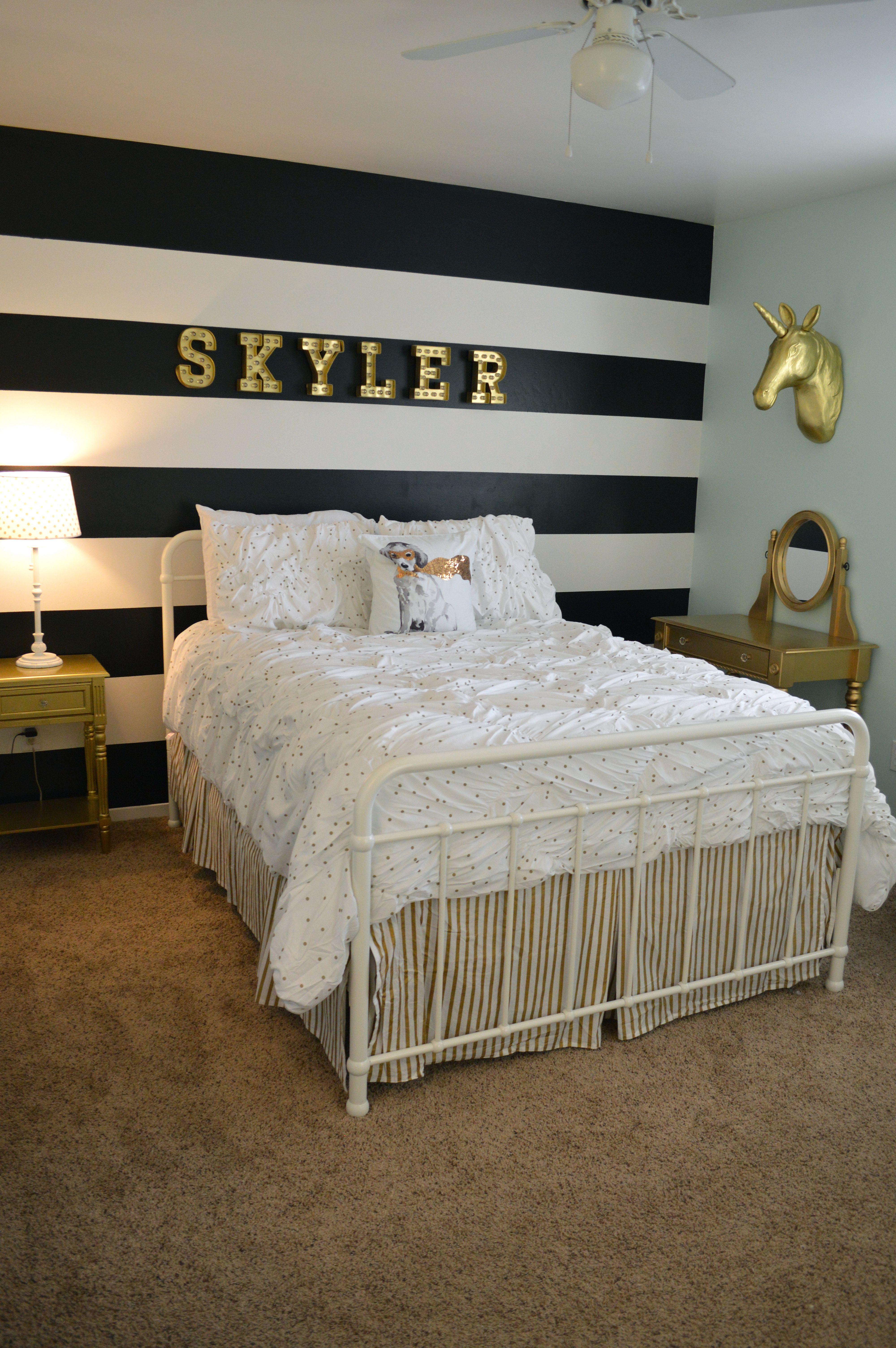 Beautiful Bedroom Wallpaper Decorating Ideas Black And White Stripes Room 4000x6016 Wallpaper Teahub Io