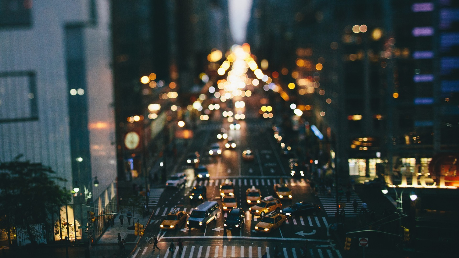 Street Traffic Car Tilt Shift Taxi New York City New York City Wallpaper Hd 1920x1080 Wallpaper Teahub Io