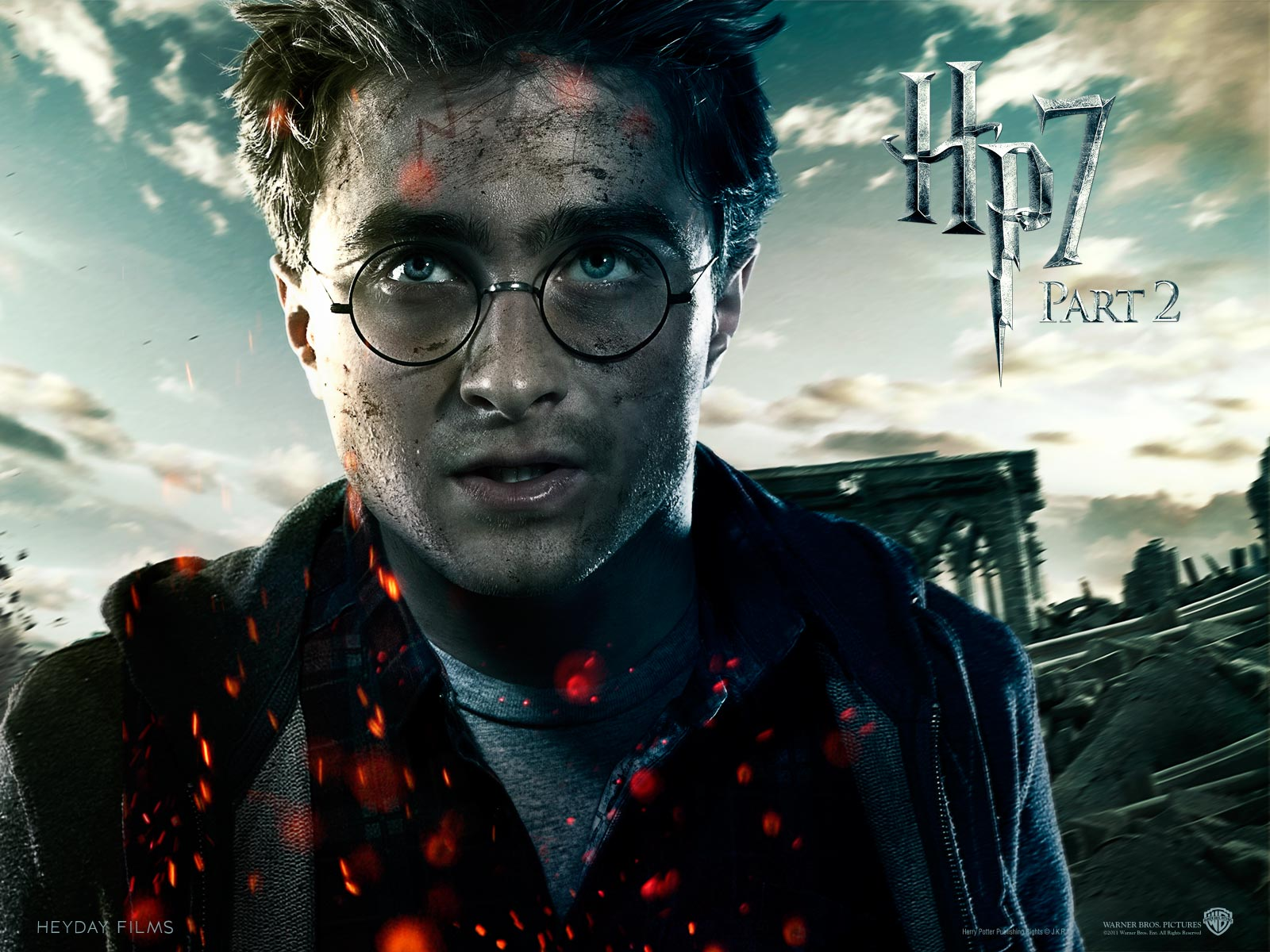 Deathly Hallows Part Ii Official Wallpapers - Daniel Radcliffe Harry Potter And The Deathly Hallows - HD Wallpaper