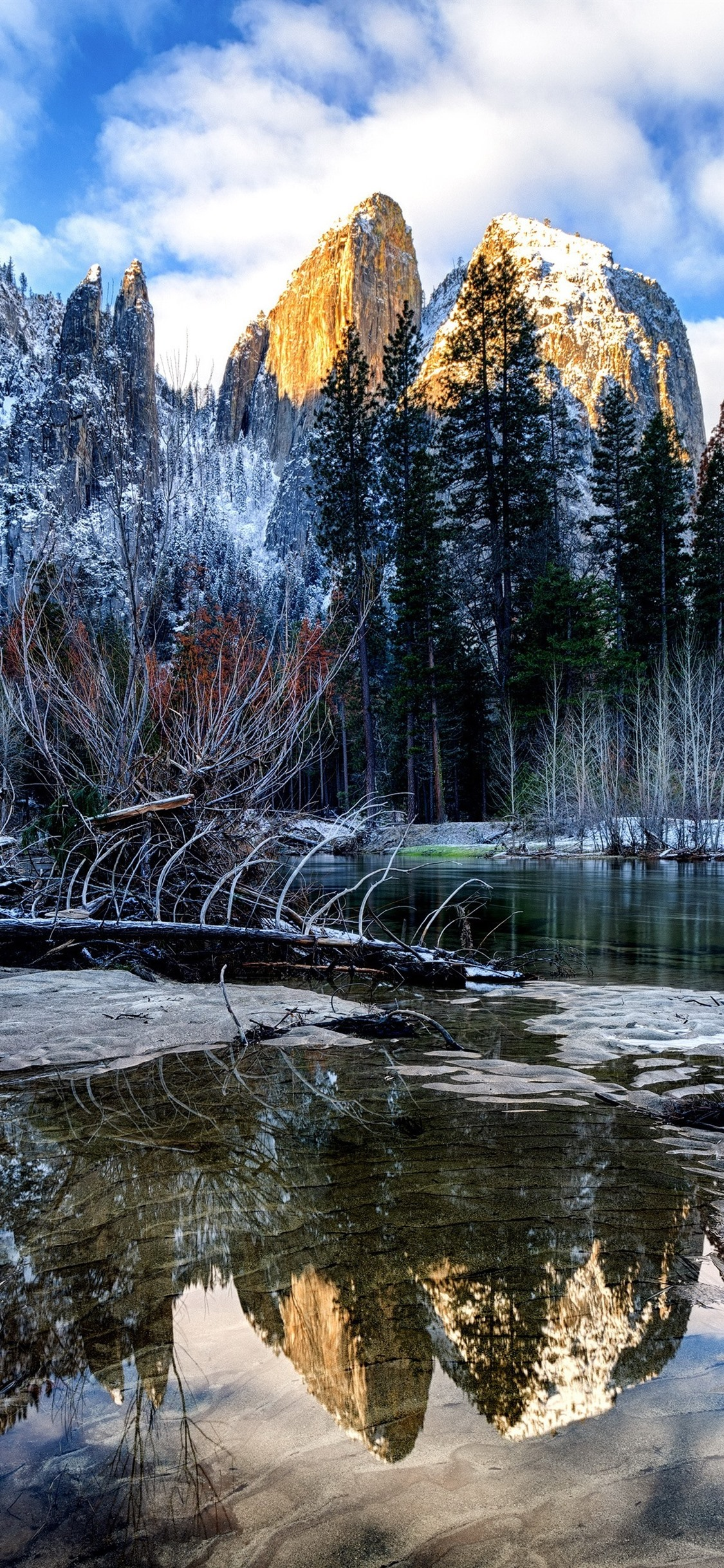 Iphone Wallpaper Winter, River, Trees, Mountains, Snow, - Reflection - HD Wallpaper