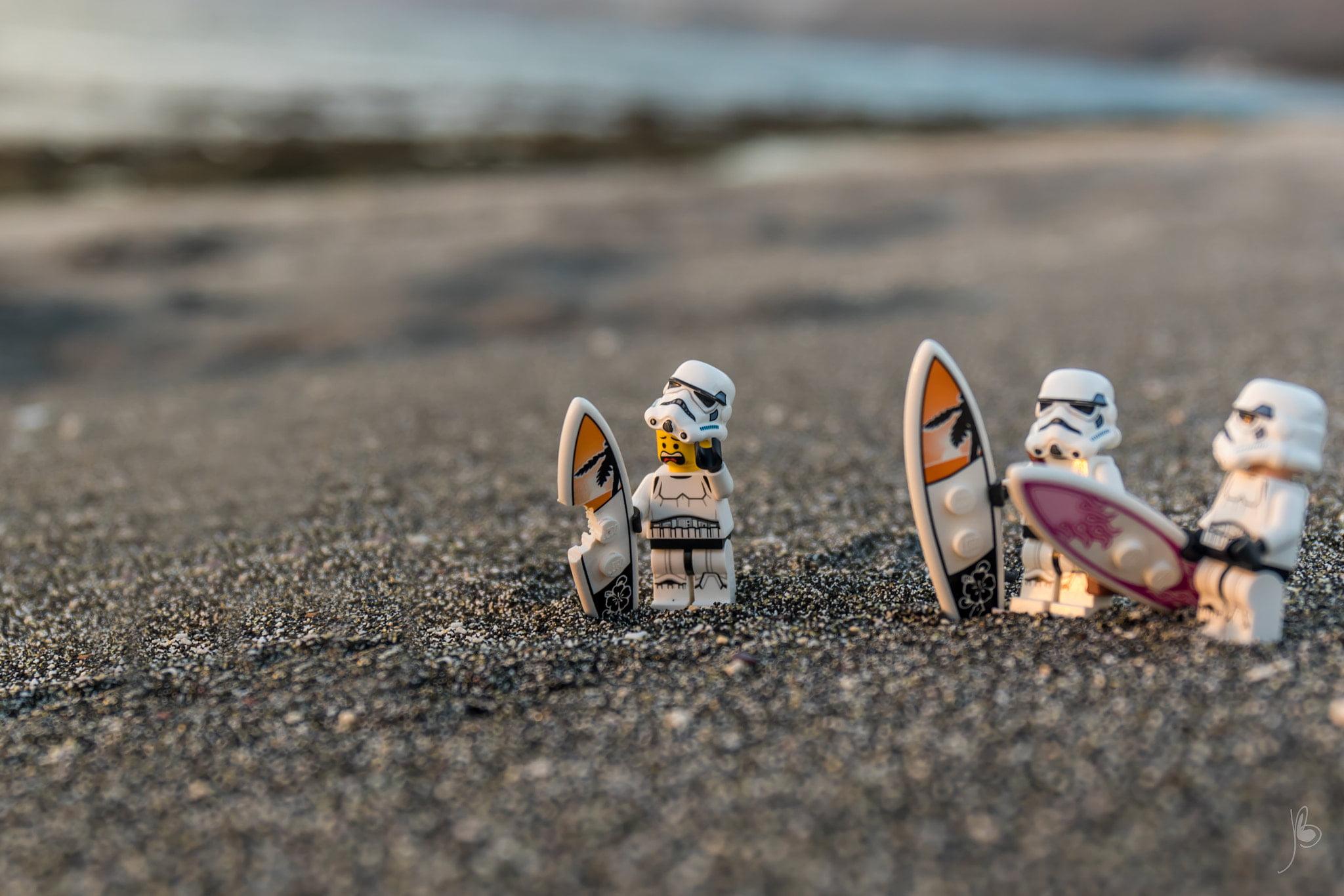 Lego Star Wars Humor 2048x1366 Wallpaper Teahub Io