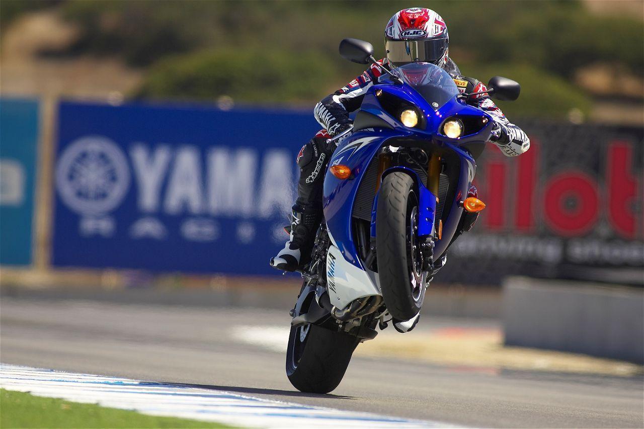 Yamaha R1 In Action 1280x853 Wallpaper Teahub Io