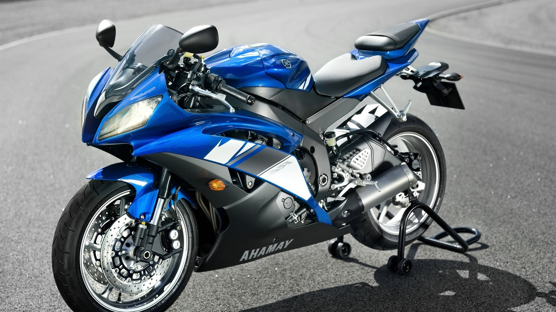 Sport Bike Bike Drive Vehicle Wheel Race Power Machine - Motorcycle - HD Wallpaper