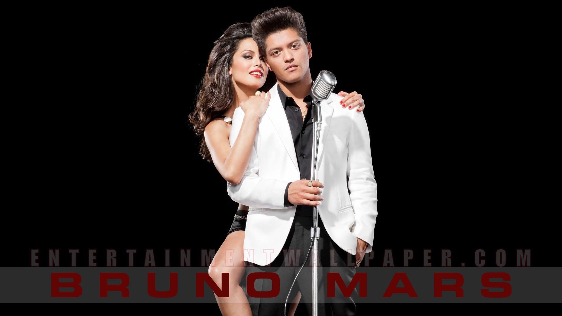 Bruno Mars Wallpaper - Bruno Mars Playboy Magazine - HD Wallpaper