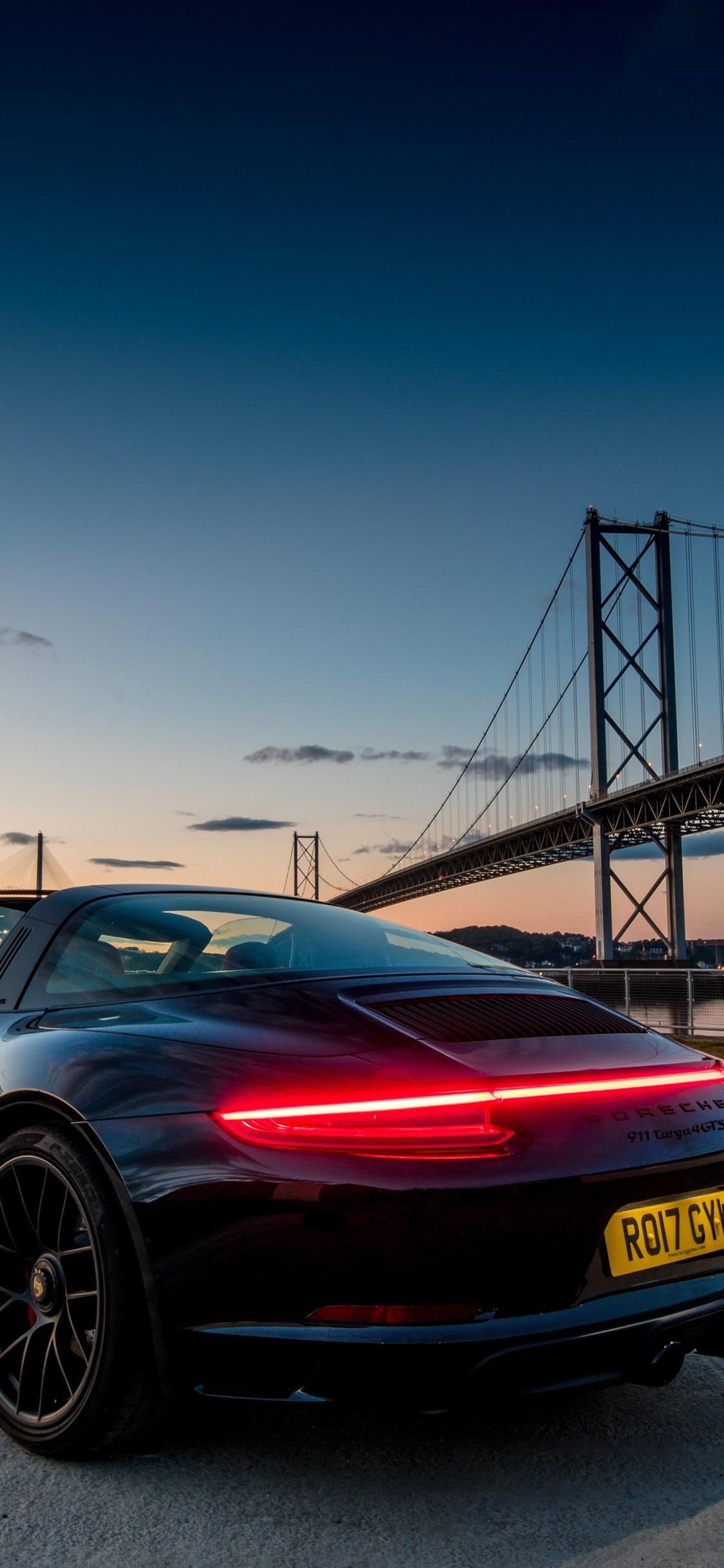 Porsche 911 Targa 5s Iphone X Wallpaper Porsche 911 Gt2 Rs Wallpaper Iphone 1125x2436 Wallpaper Teahub Io