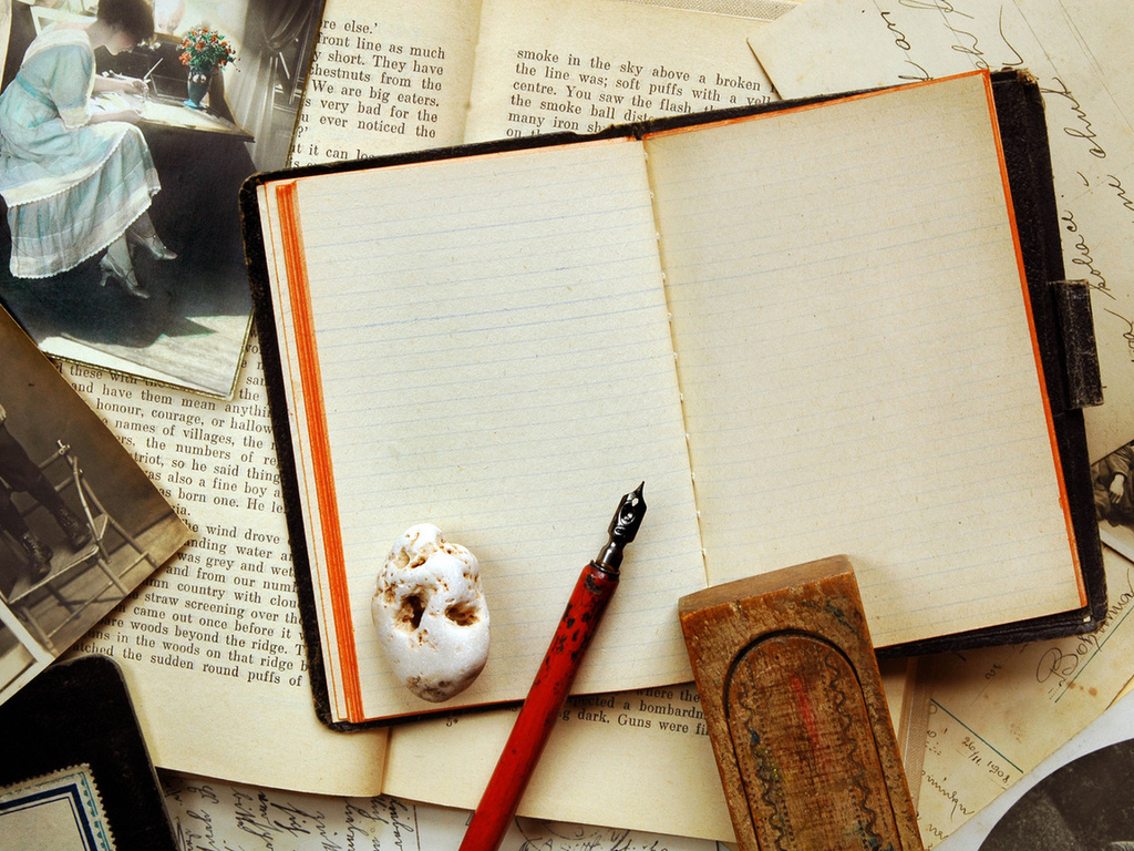 Old Notepad Backgrounds Background Wallpaper For Powerpoint - Vintage Notebook And Pen - HD Wallpaper