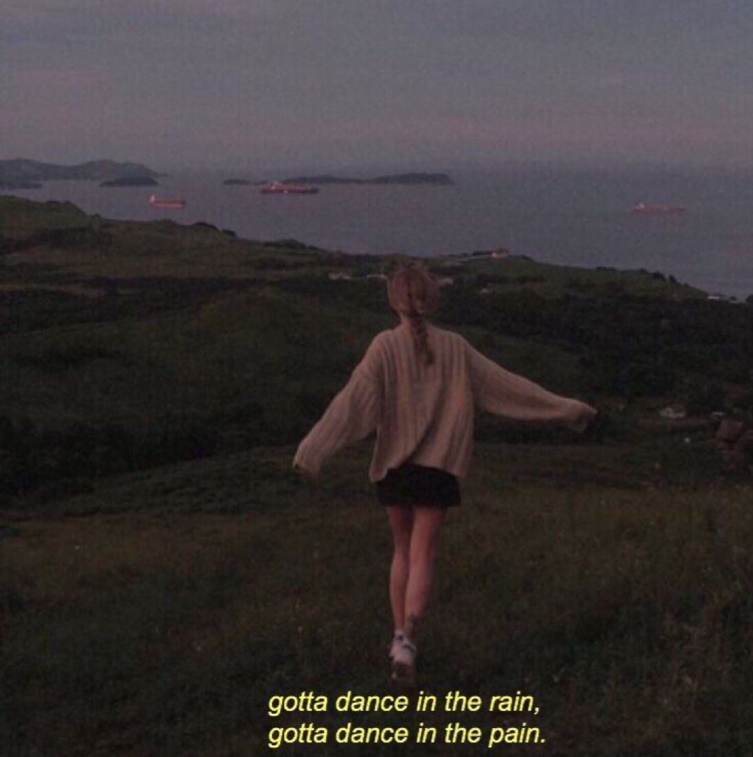 Lyrics Quotes And Wallpaper Image Aesthetic Tumblr Girl Dance 1097x1102 Wallpaper Teahub Io