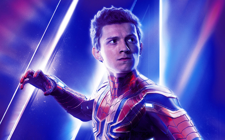 Marvel Spiderman Tom Holland - HD Wallpaper