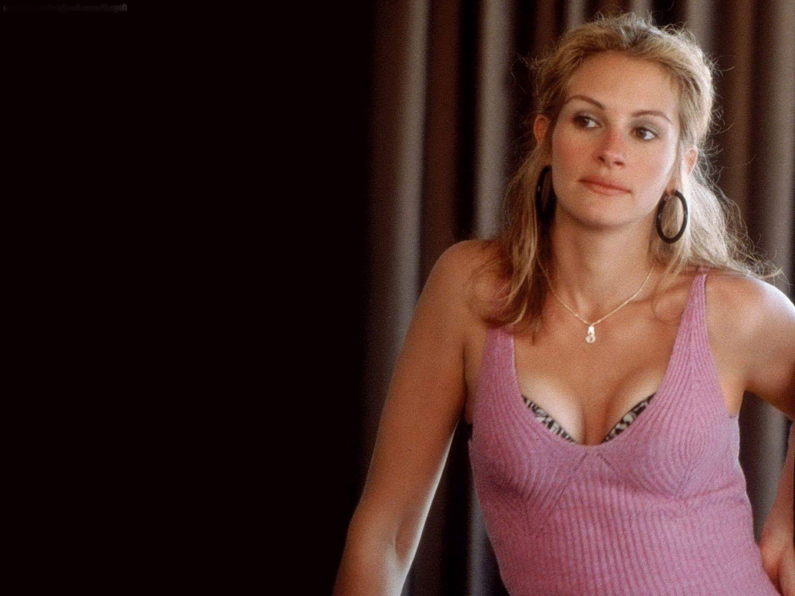 Hollywood Celebrity Julia Roberts Hot