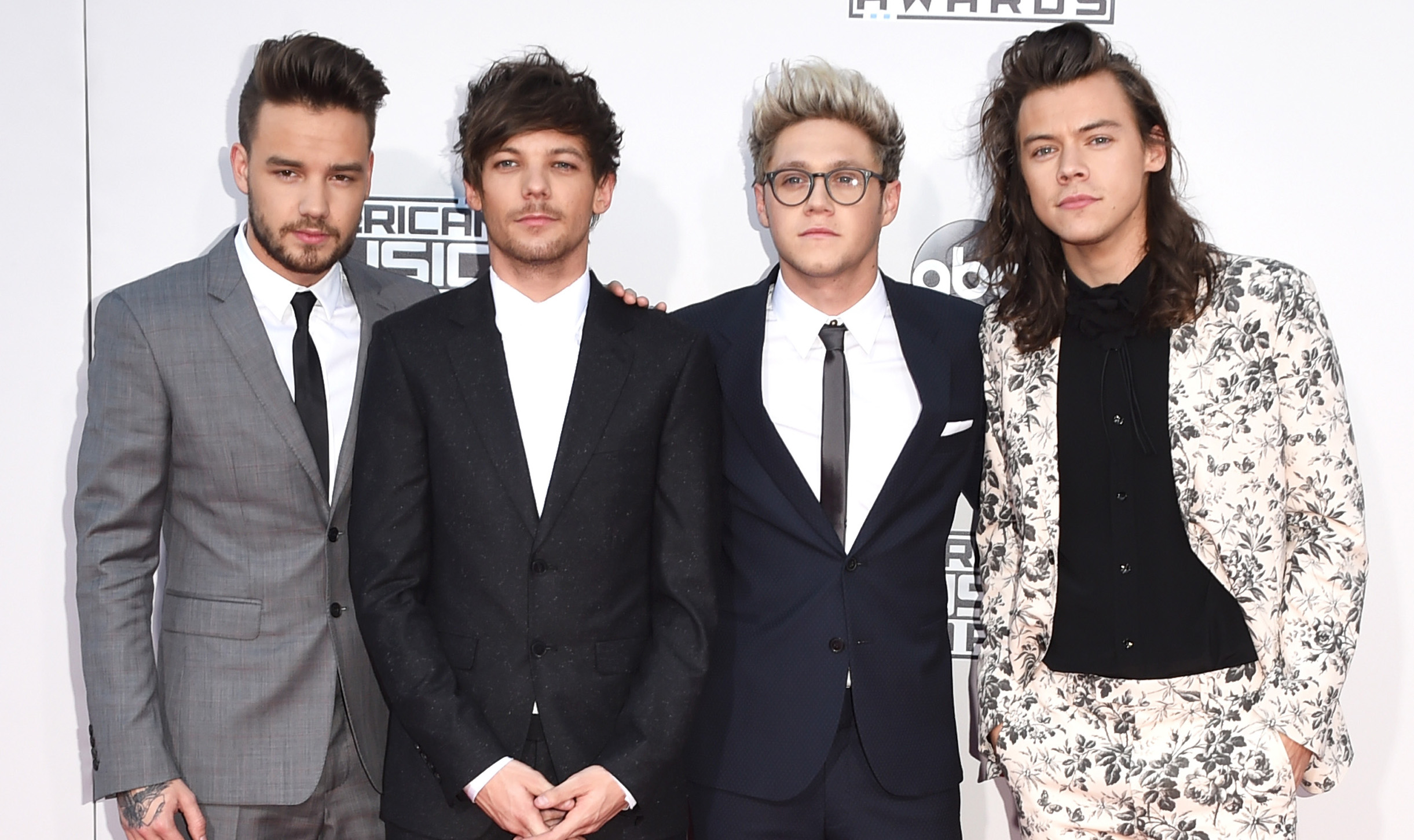 Who Tweeted It One Direction Edition - Worst Harry Styles Outfit - HD Wallpaper