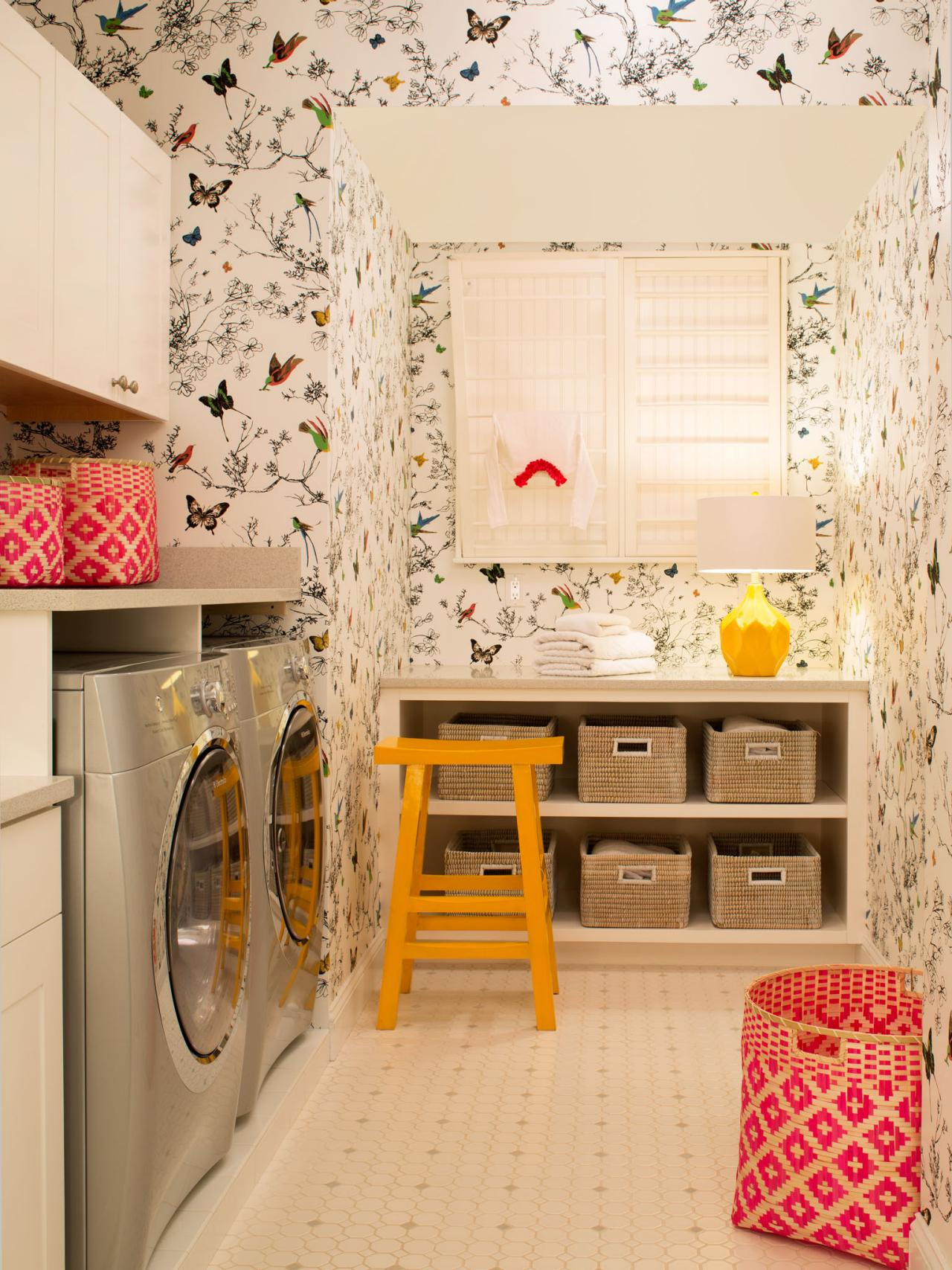 Laundry Room With Butterfly Wallpaper Rental Laundry Room Ideas 1280x1707 Wallpaper Teahub Io