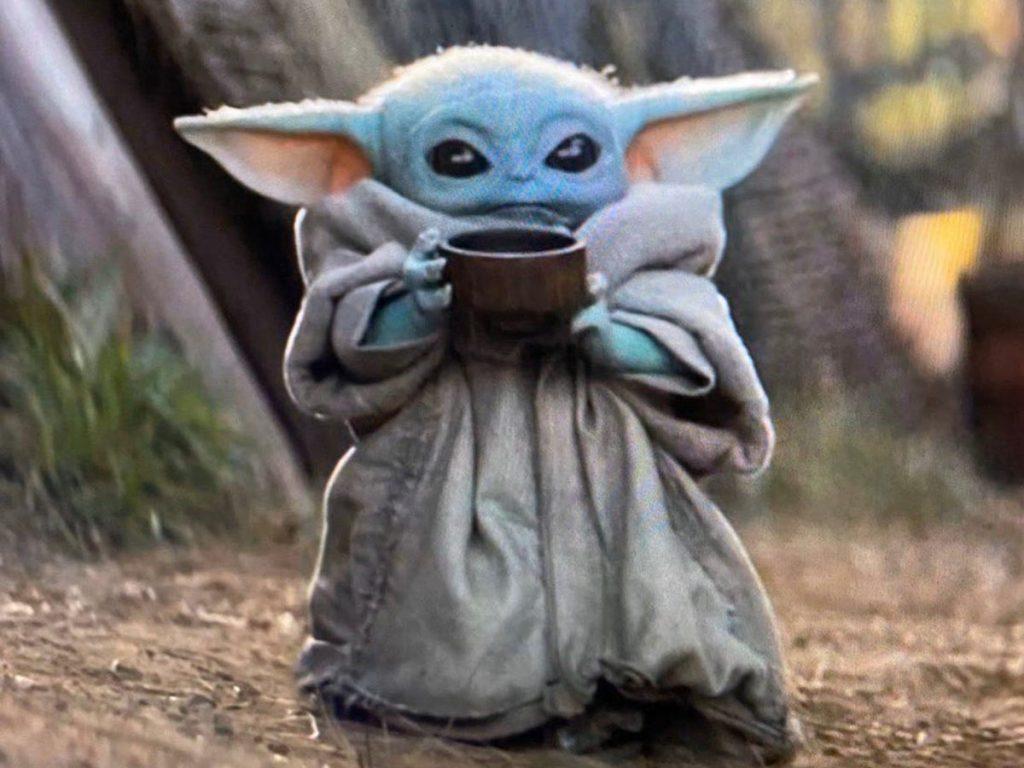 Baby Yoda With Cup 1024x768 Wallpaper Teahub Io