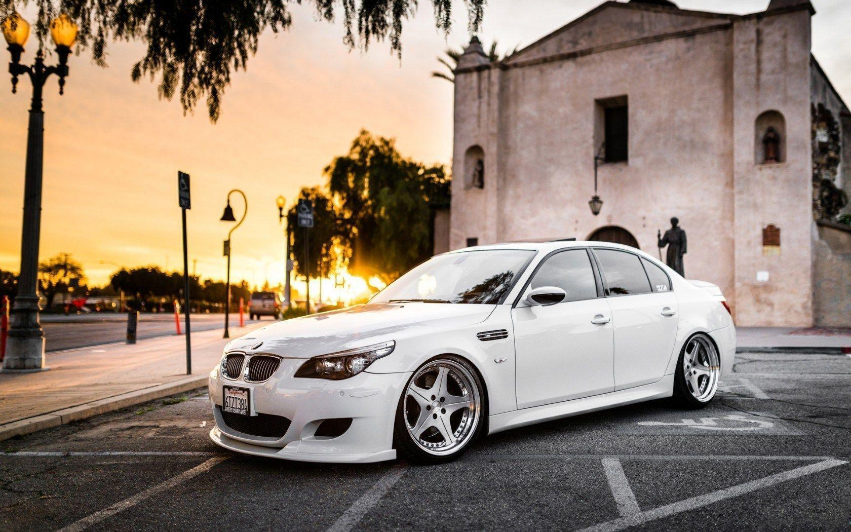 Bmw M5 Wallpapers Bmw E60 M5 White 1680x1050 Wallpaper Teahub Io