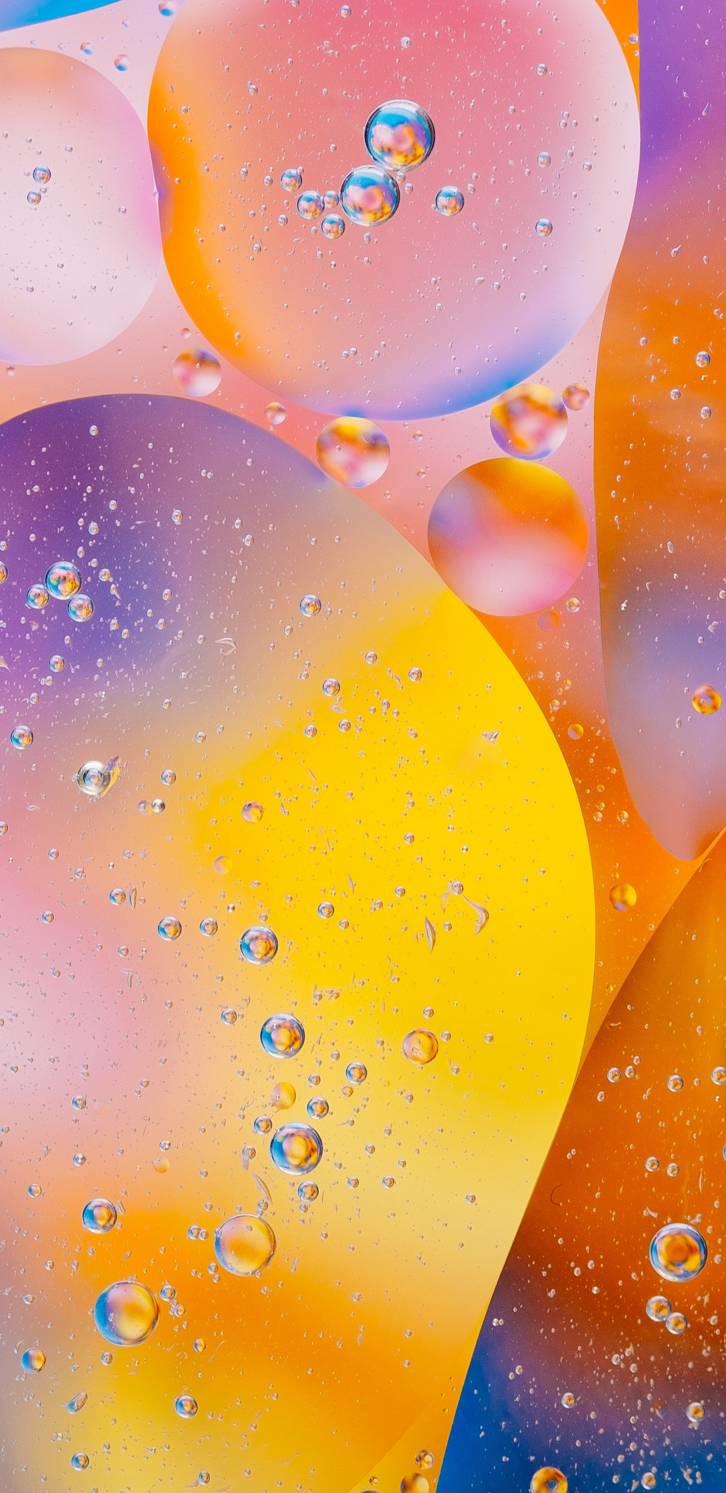 Colorful Water Bubbles Wallpaper For Iphone - HD Wallpaper