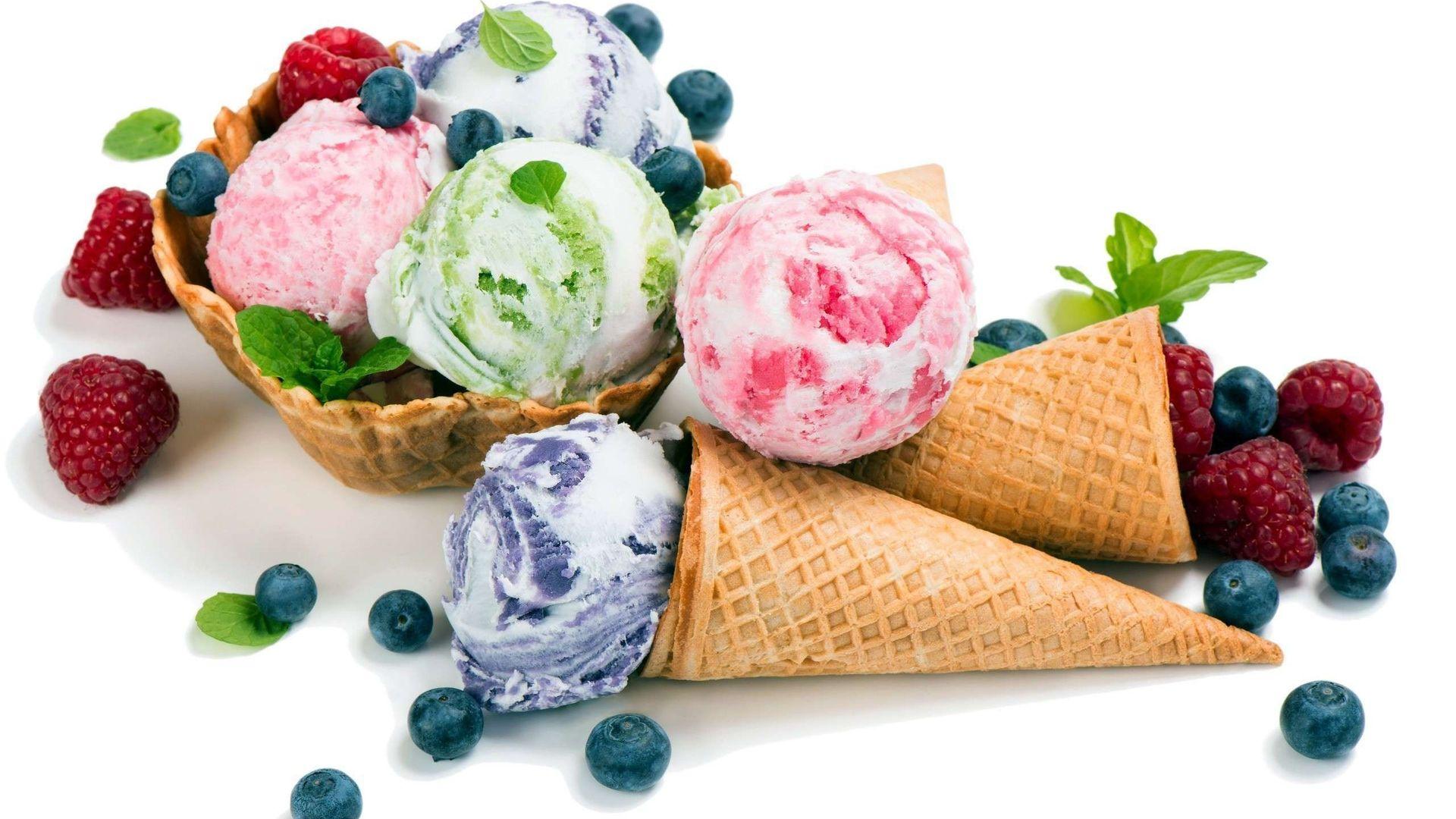 Ice Cream And Berries With White Background - Ice Cream ...