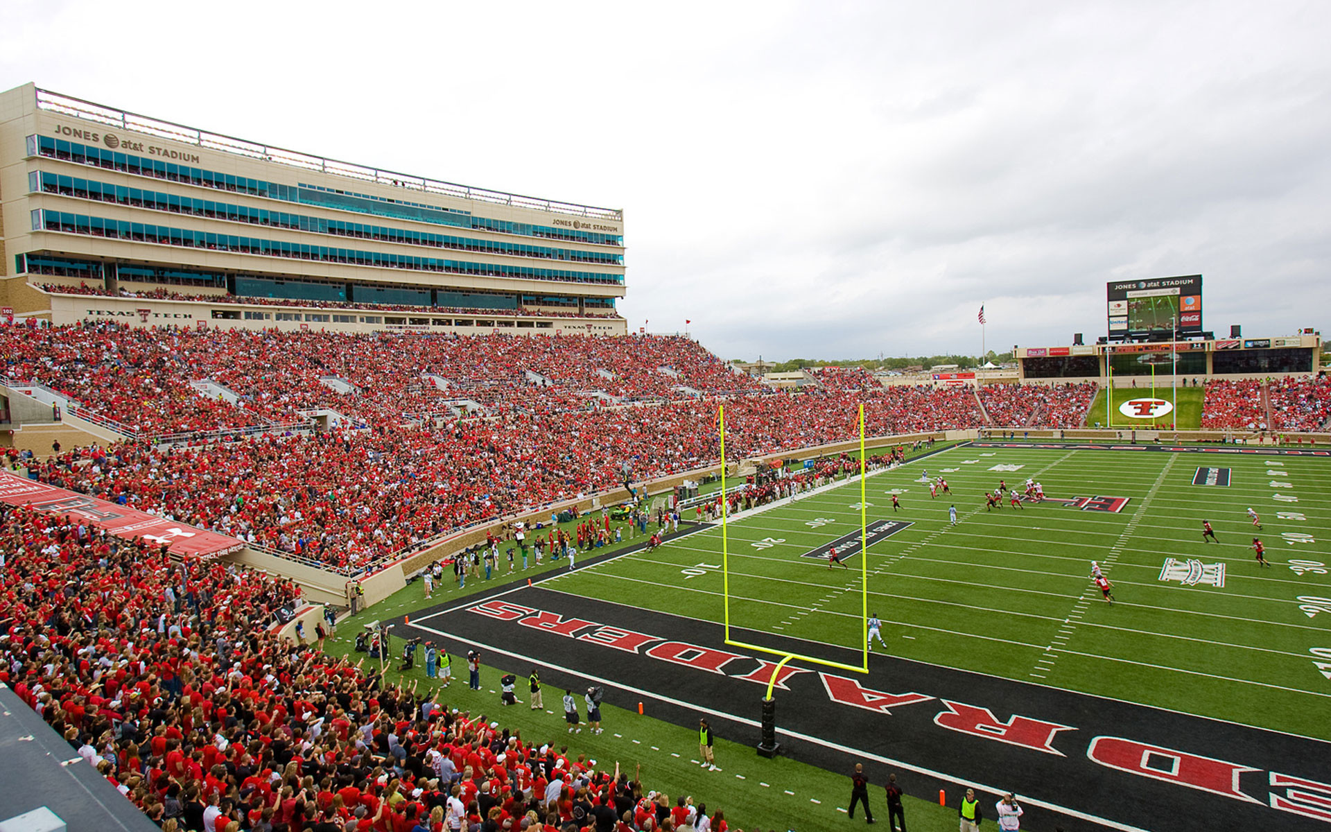 Wallpaper Texas Tech Football Tb83 Texas Tech University Football Field 1920x1200 Wallpaper Teahub Io