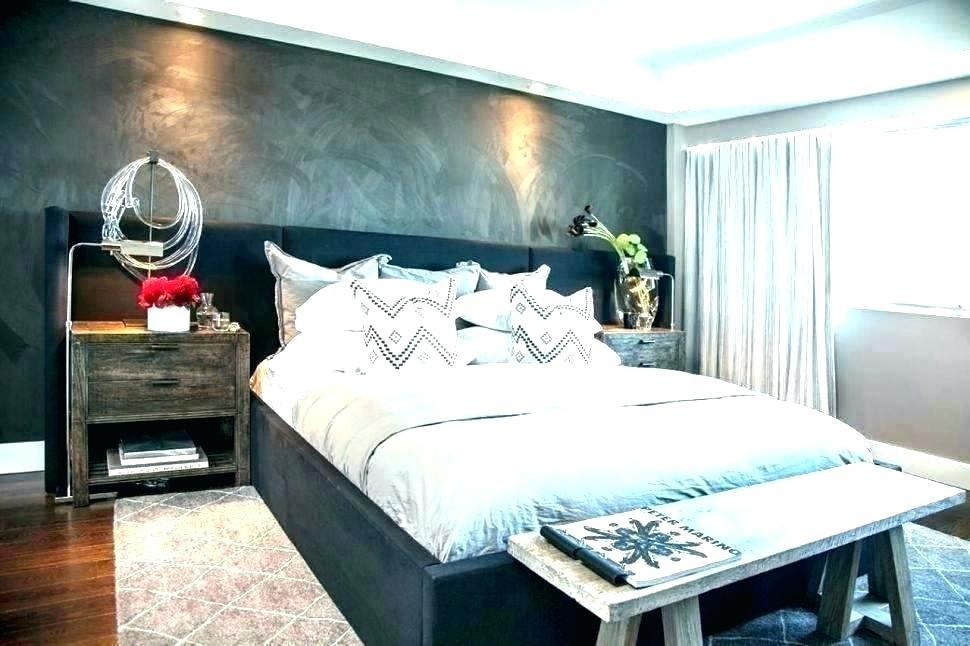 Bedroom Wallpaper Feature Wall Grey Wallpaper Feature - Accent Walls For Bedrooms - HD Wallpaper