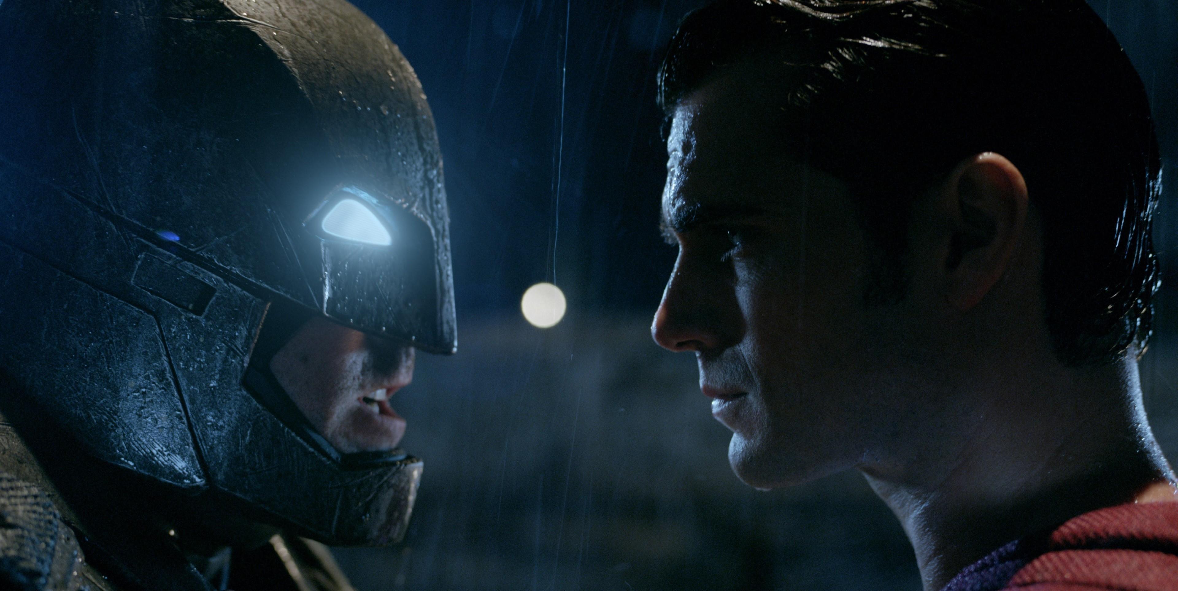 Batman Vs Superman Computer Backgrounds Wallpaper - Batman Vs Superman - HD Wallpaper