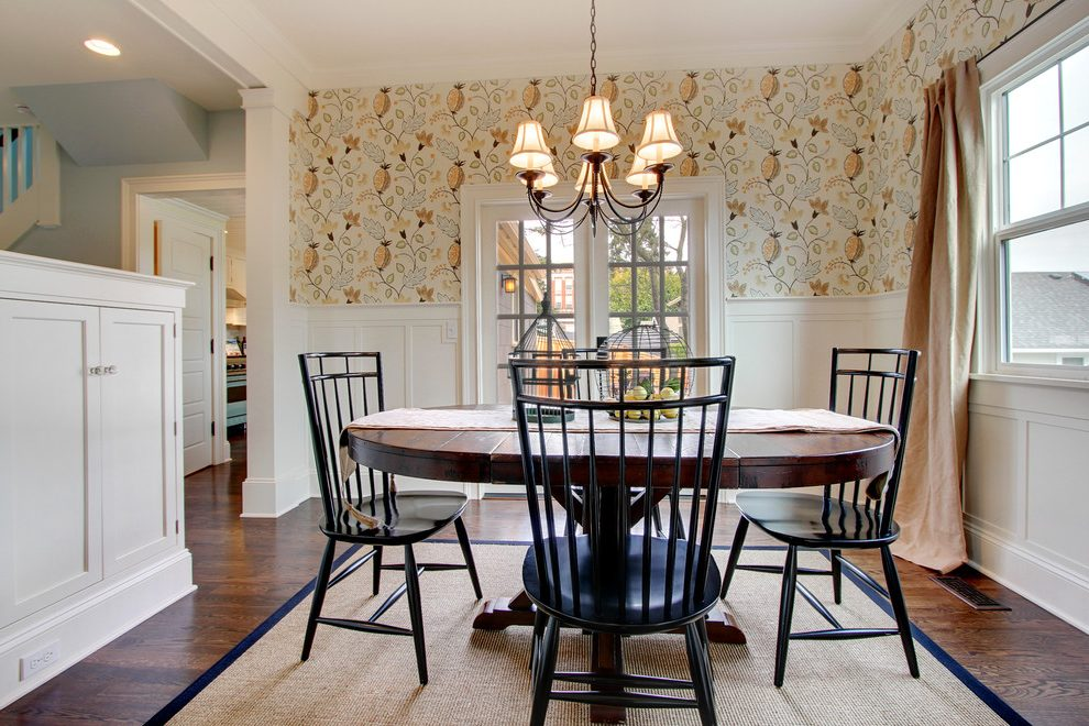 Wainscoting With Wallpaper Dining Room, Dining Room Wallpaper Wainscoting