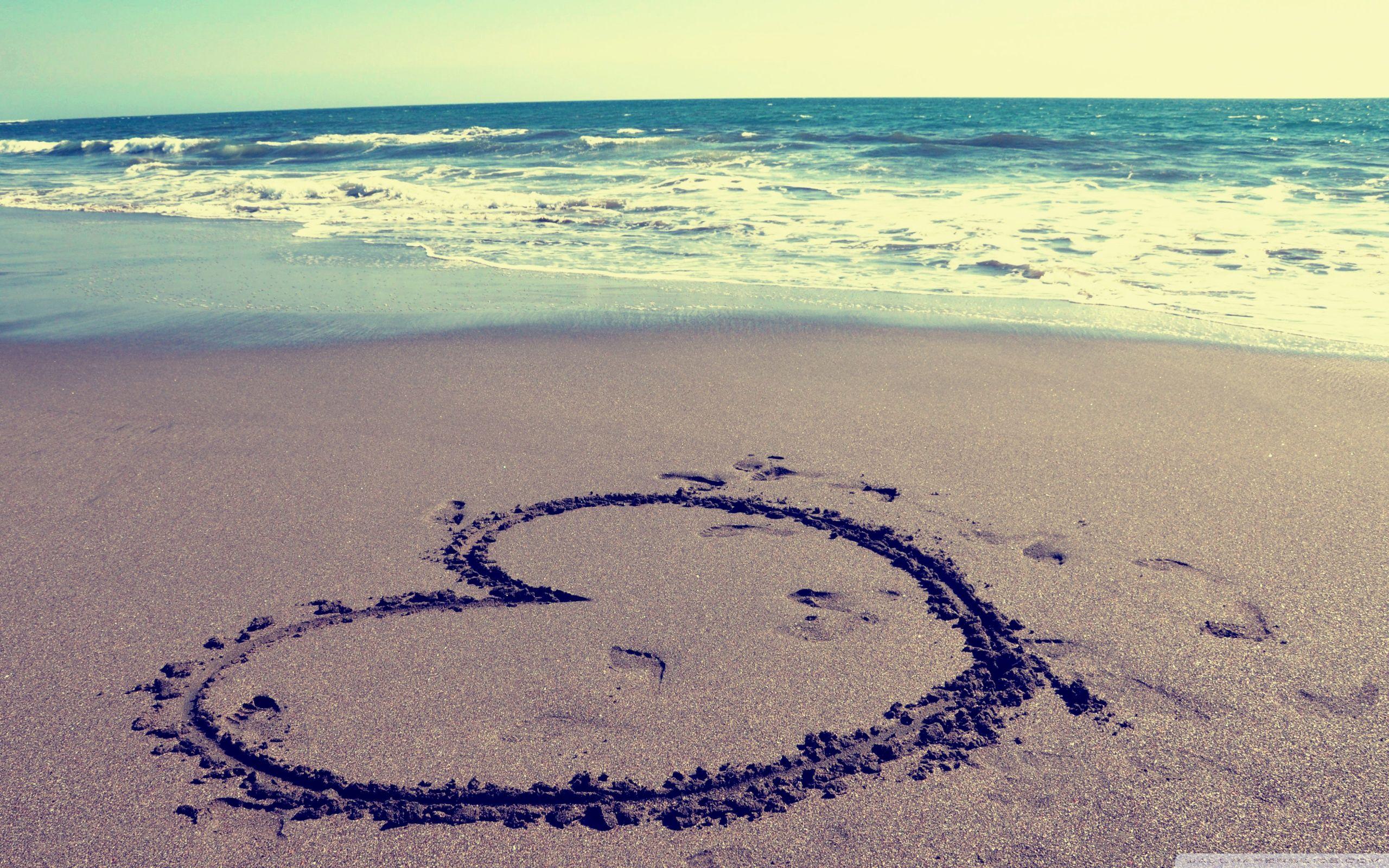 Heart On Beach ❤ 4k Hd Desktop Wallpaper For 4k Ultra - Cute Pictures Of The Beach - HD Wallpaper