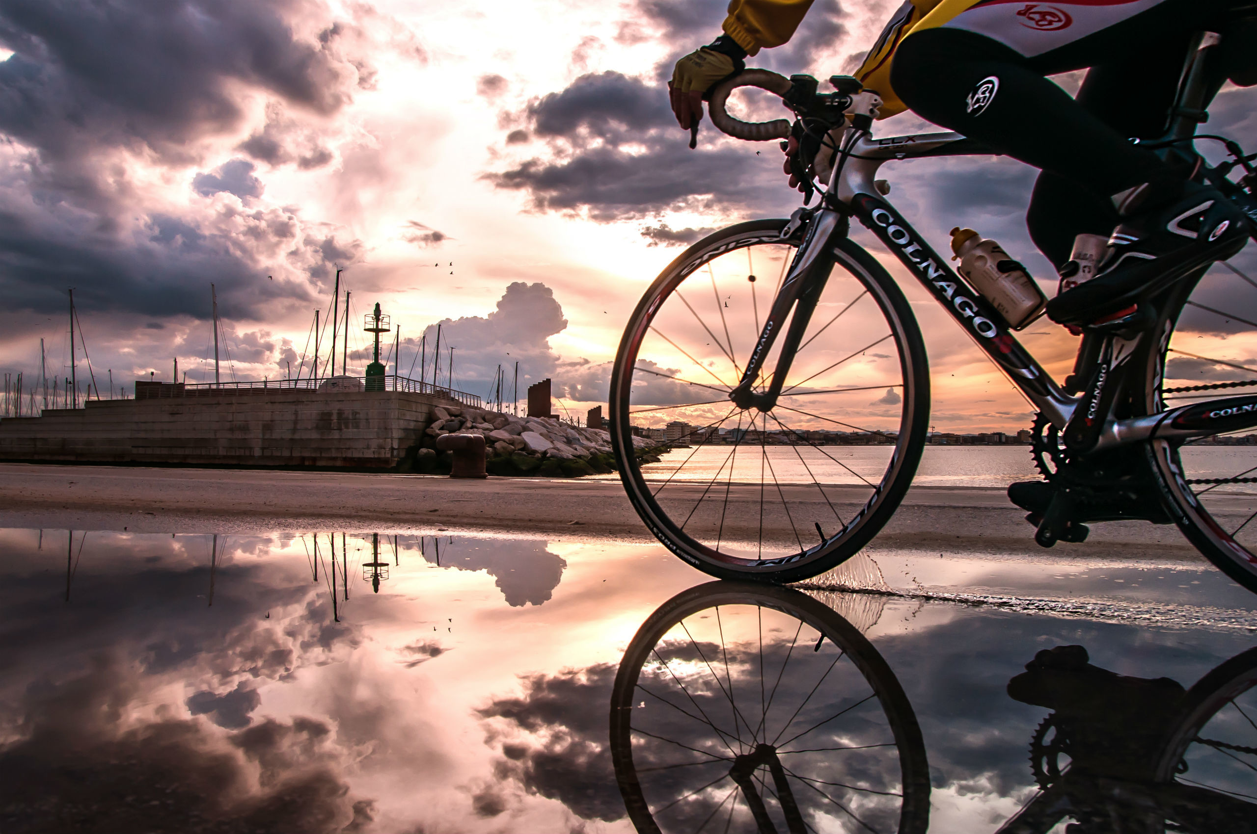 2560x1700, Road Bikes Wallpapers - Bicycle Hd - HD Wallpaper